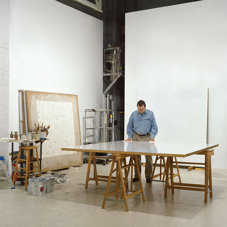 CELEBRATING THE LIFE AND WORK OF PIONEERING MINIMALIST ROBERT RYMAN |  Artist Robert Ryman died at the age of 88 this month | photo by Bill Jacobson    LINK HERE >>>