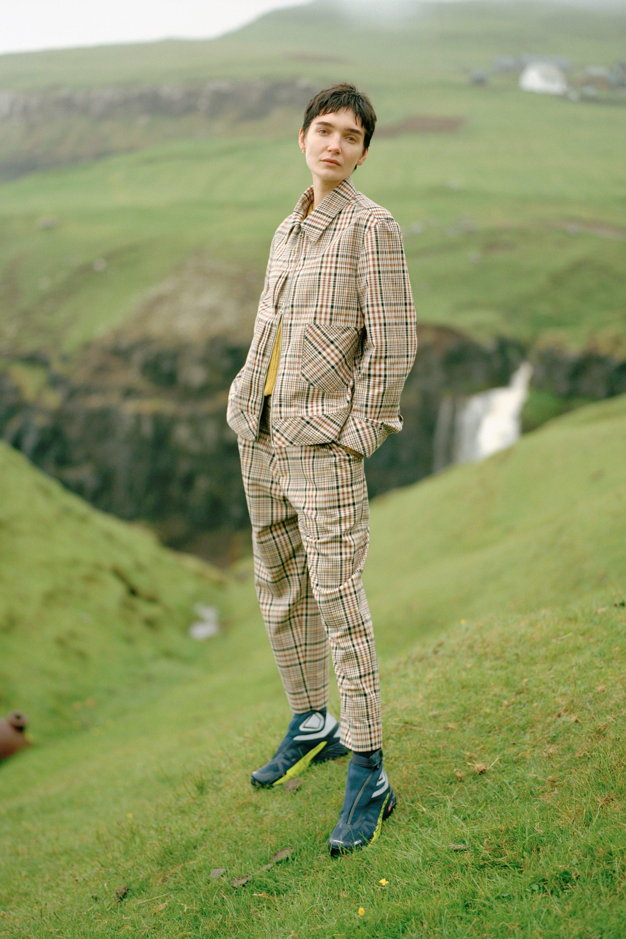 00004-Deveaux-Vogue-Menswear-SS19-june-kim.jpg