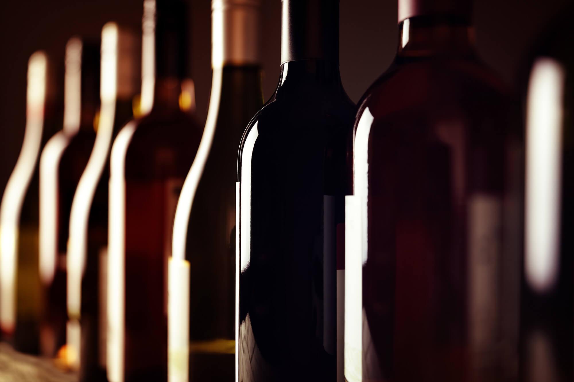 Wine-bottles-658513920_8660x5773.jpg