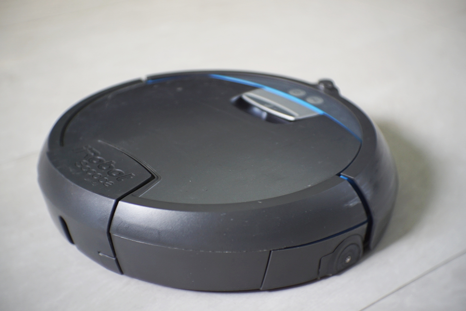 The iRobot Scooba 390