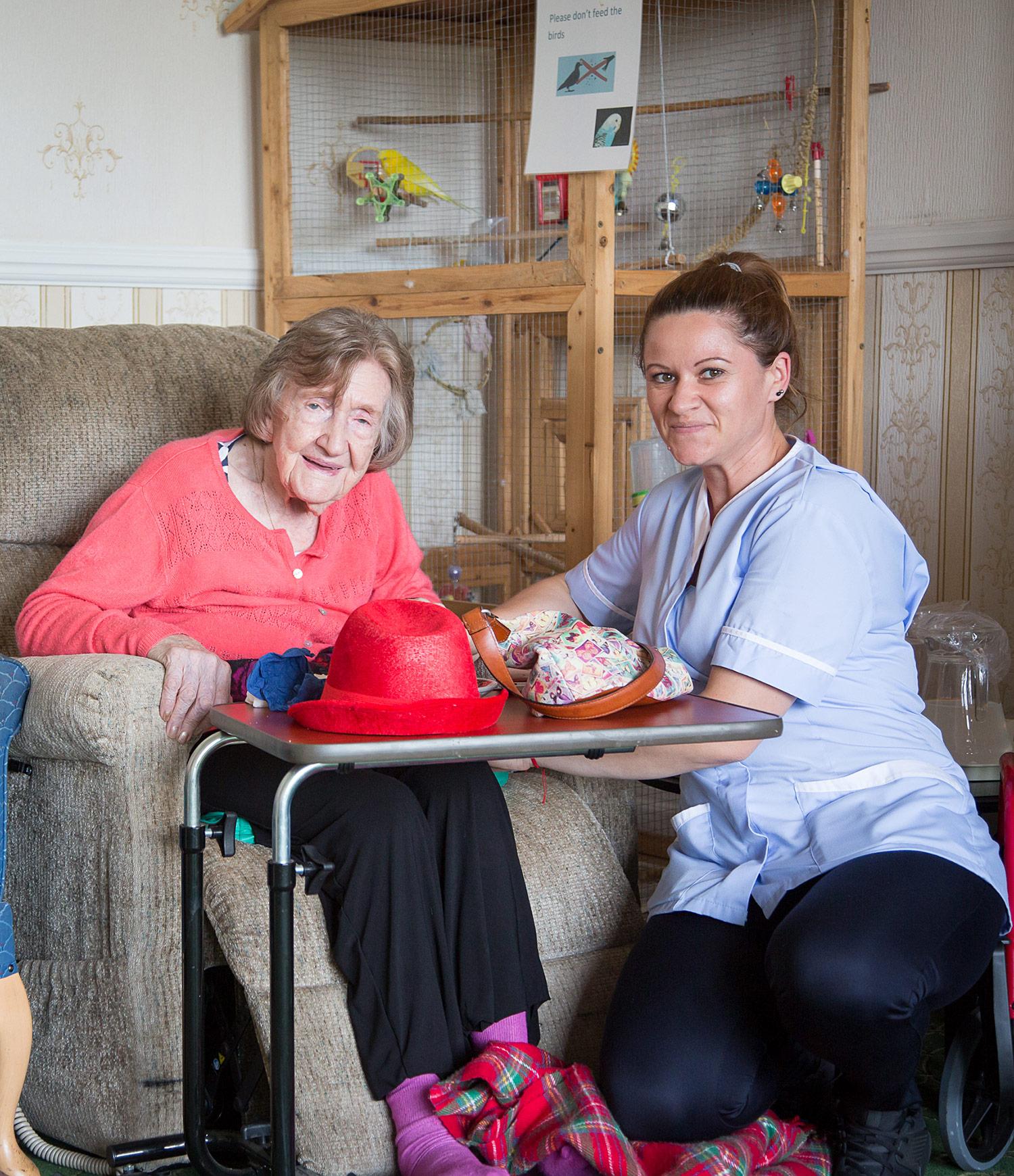 Holywell_Park_Nursing_Home_Sevenoaks_People_032_0840.jpg