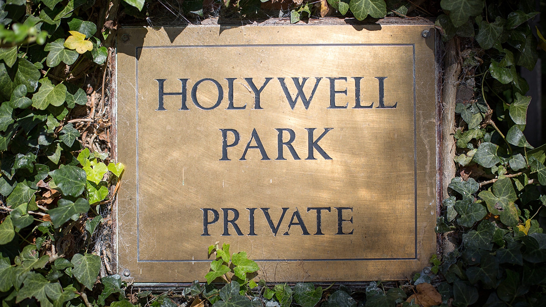 Holywell_Park_Nursing_Home_Sevenoaks_Exterior_001_0523.jpg