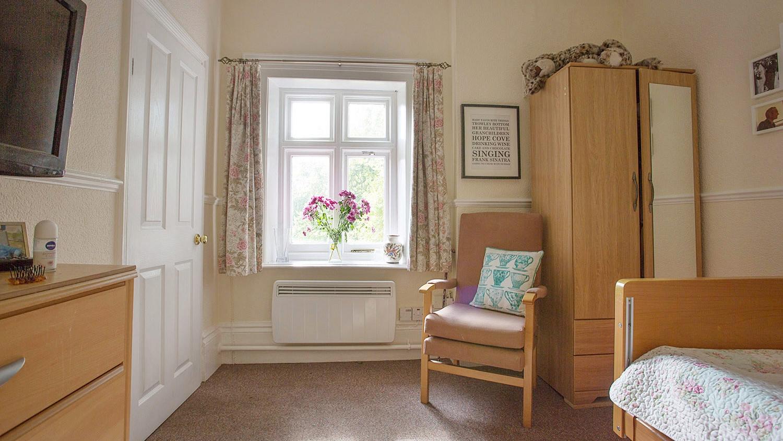 Holywell_Park_Nursing_Home_Sevenoaks_Interior_003_0652-2.jpg