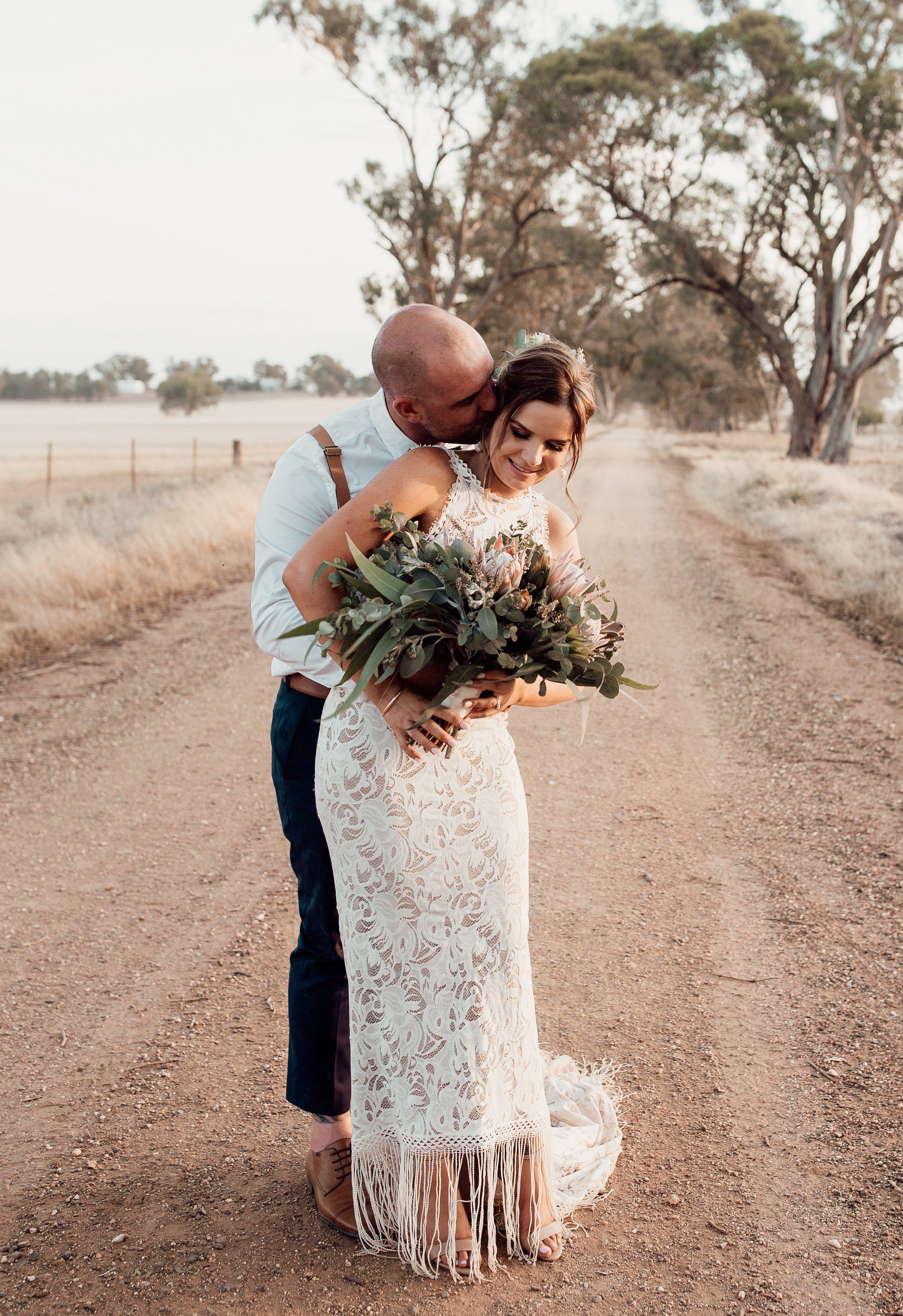 mickalathomas_puremacphotography_weddingphotographer_couplephotographer_Sheppartonphotographer_1471.jpg