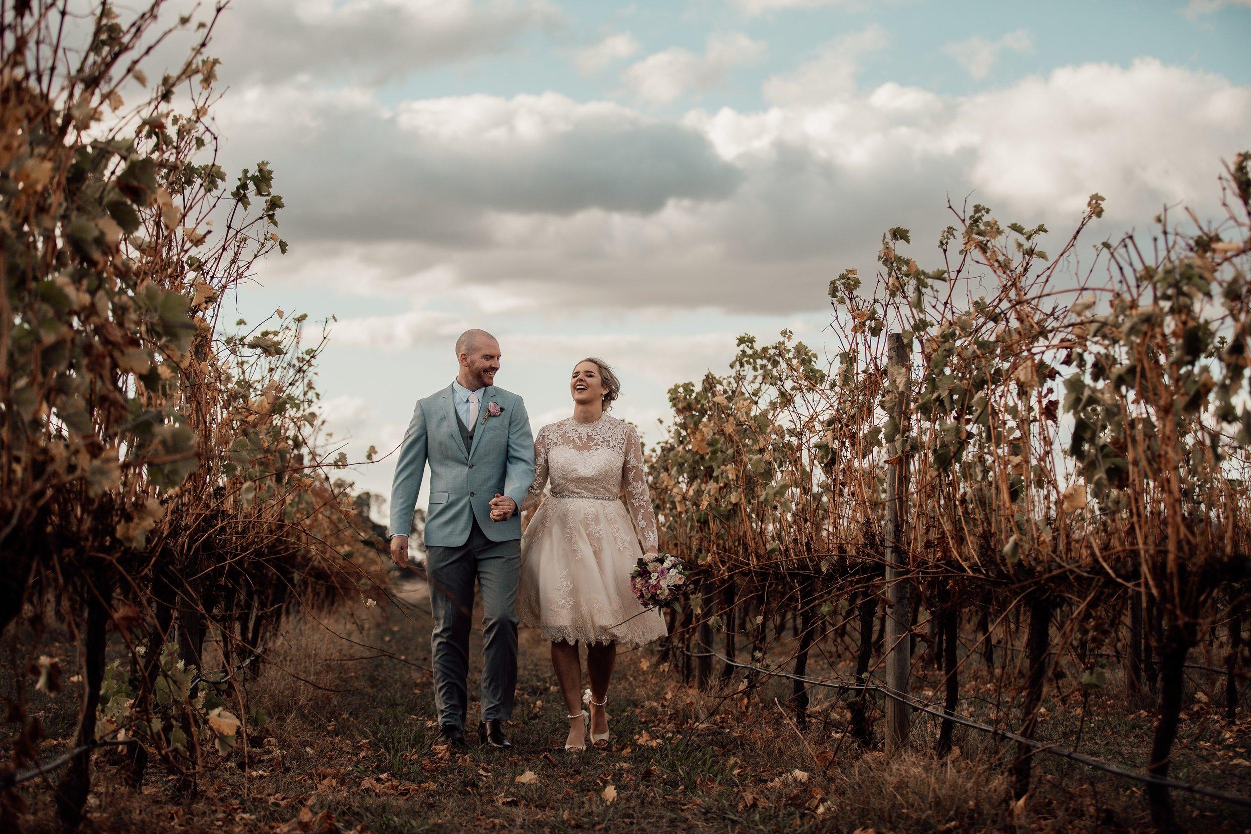 mickalathomas_puremacphotography_weddingphotographer_couplephotographer_Sheppartonphotographer_1484.jpg