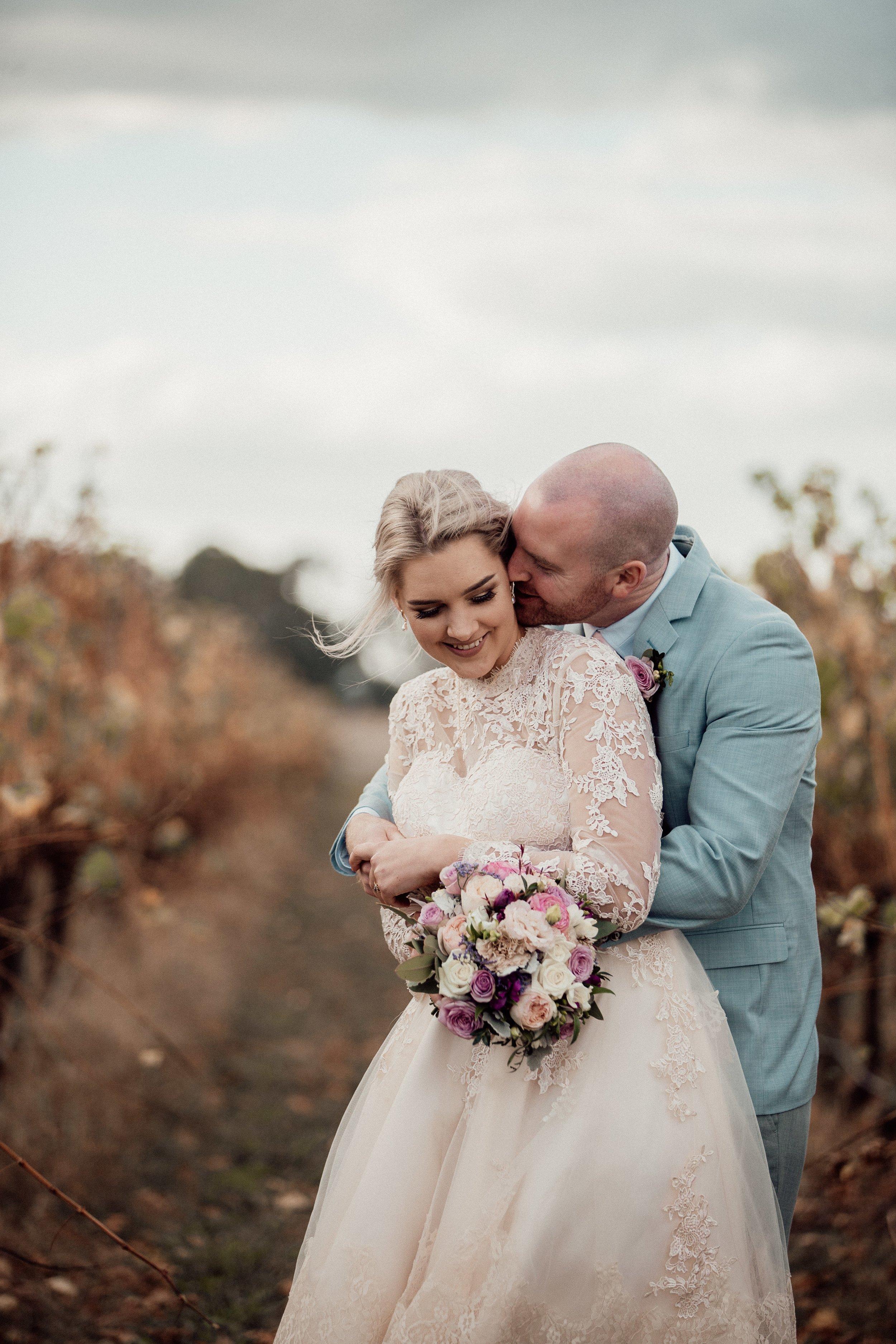 mickalathomas_puremacphotography_weddingphotographer_couplephotographer_Sheppartonphotographer_1488.jpg