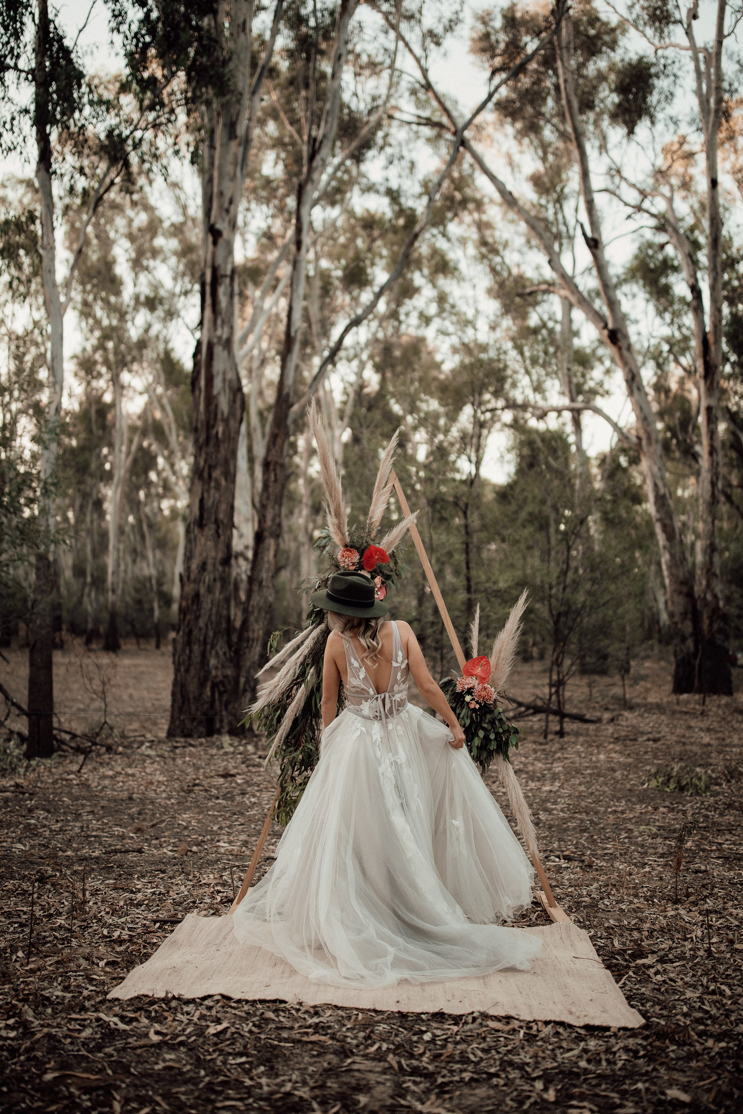 mickalathomas_puremacphotography_weddingphotographer_couplephotographer_Sheppartonphotographer_1500.jpg