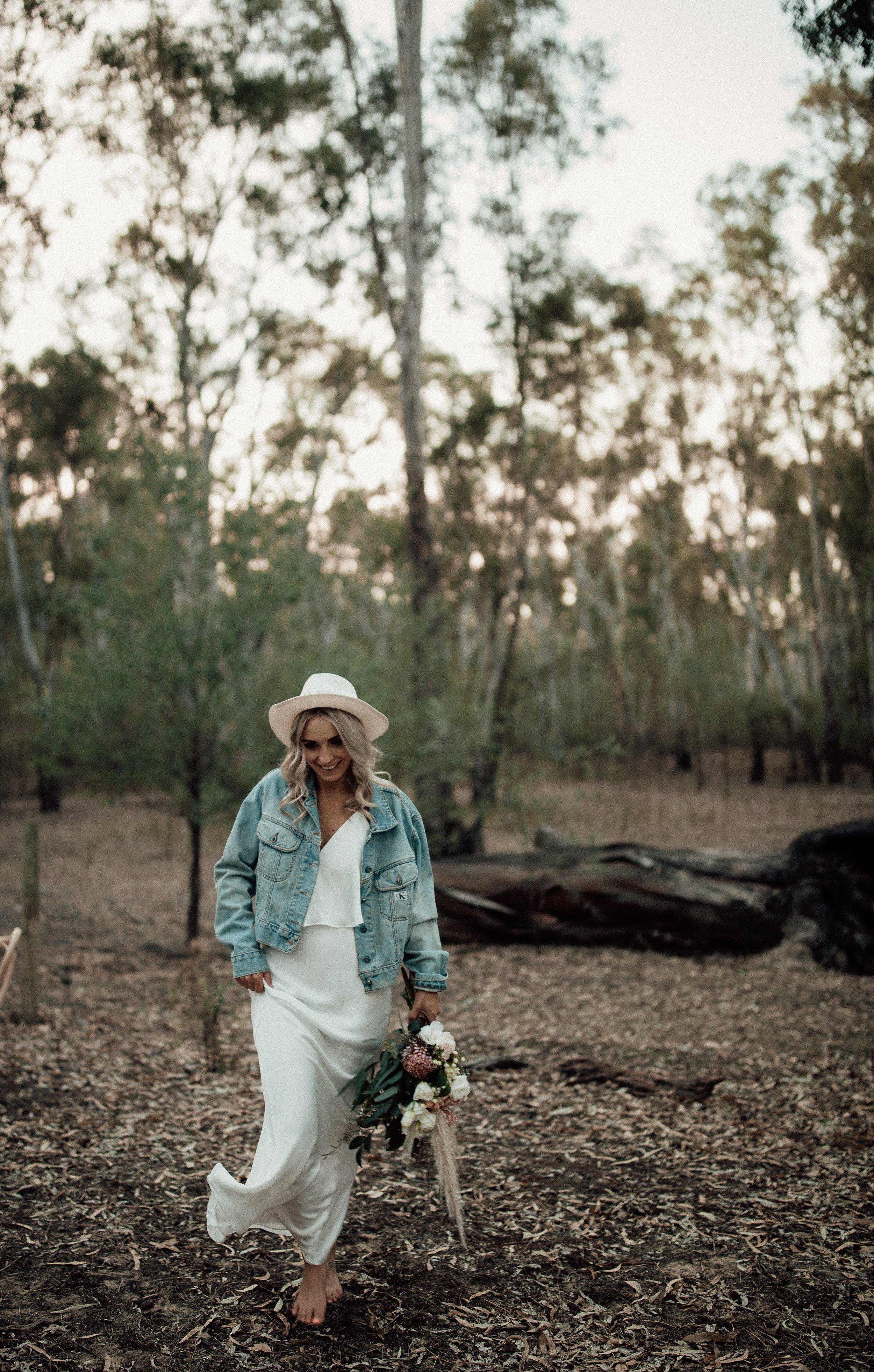 mickalathomas_puremacphotography_weddingphotographer_couplephotographer_Sheppartonphotographer_1503.jpg