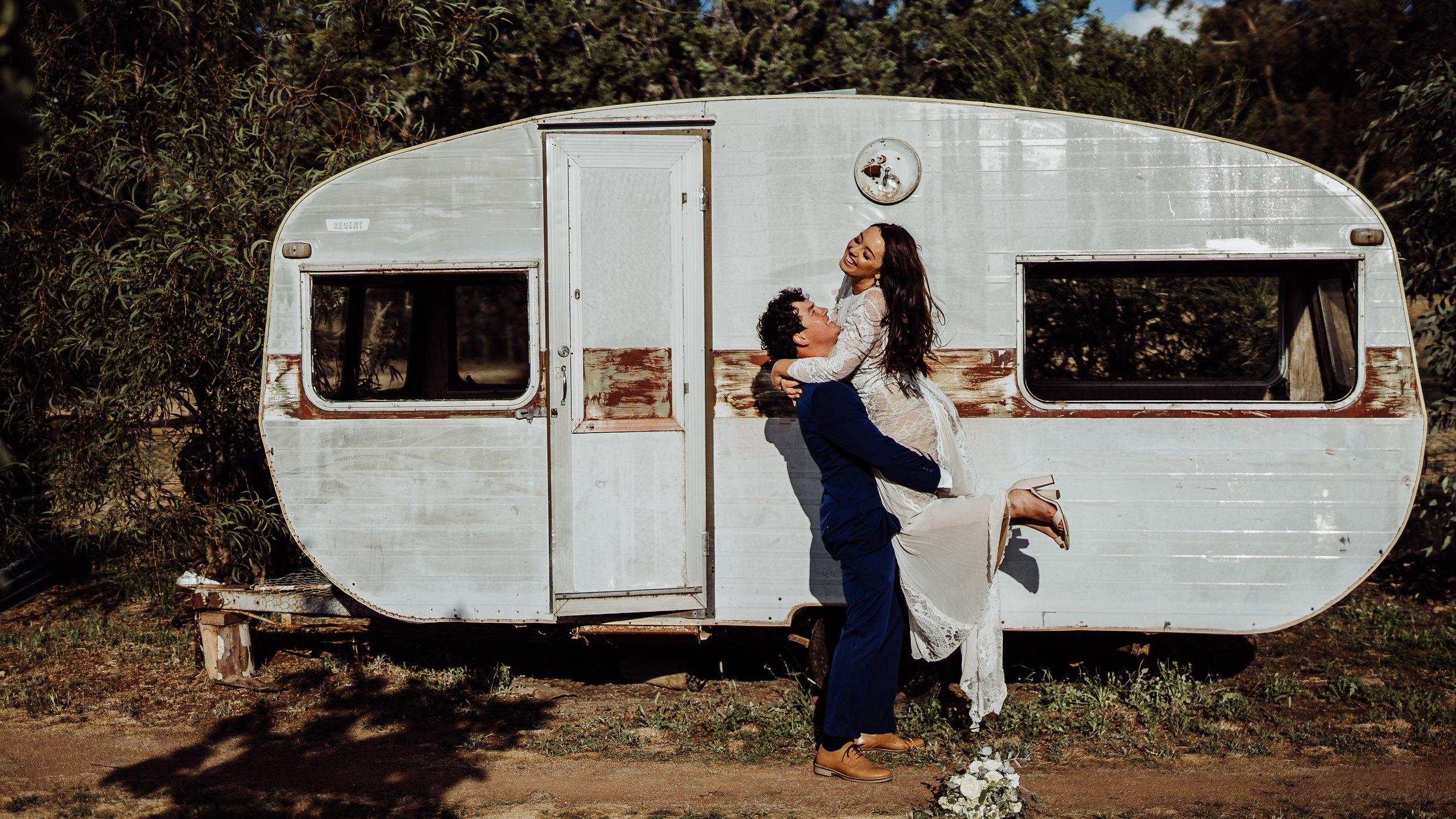 mickalathomas_puremacphotography_weddingphotographer_couplephotographer_Sheppartonphotographer_1513.jpg