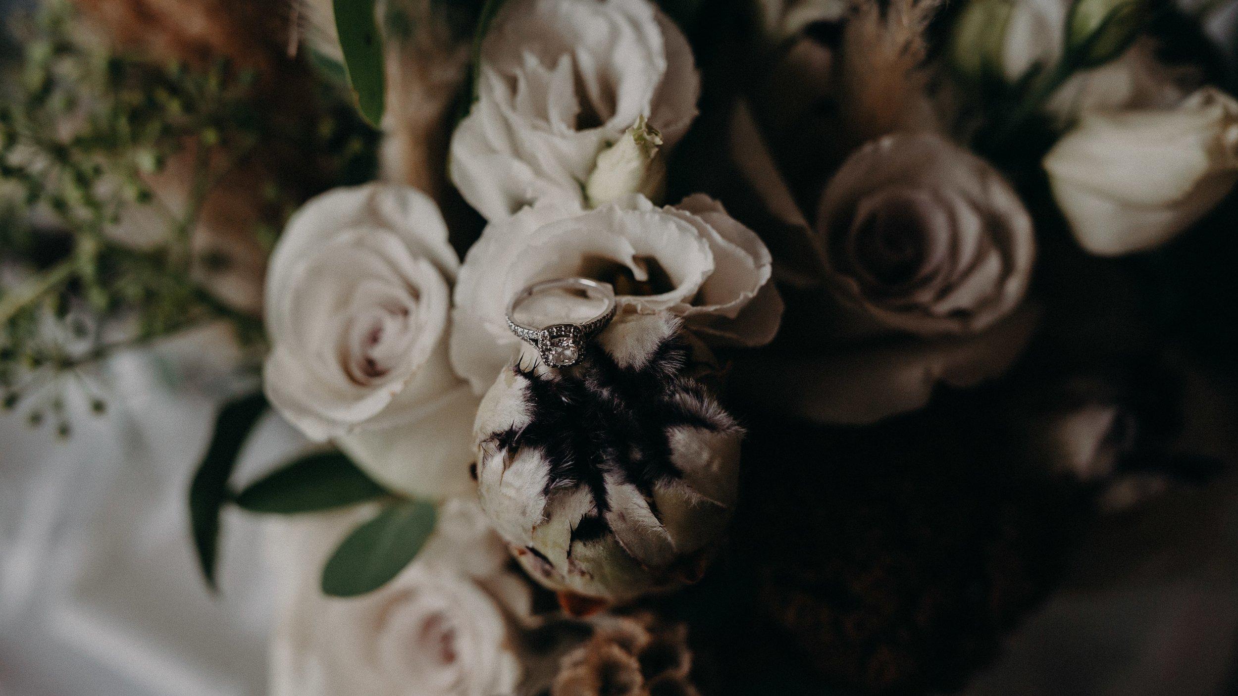 mickalathomas_puremacphotography_weddingphotographer_couplephotographer_Sheppartonphotographer_1526.jpg