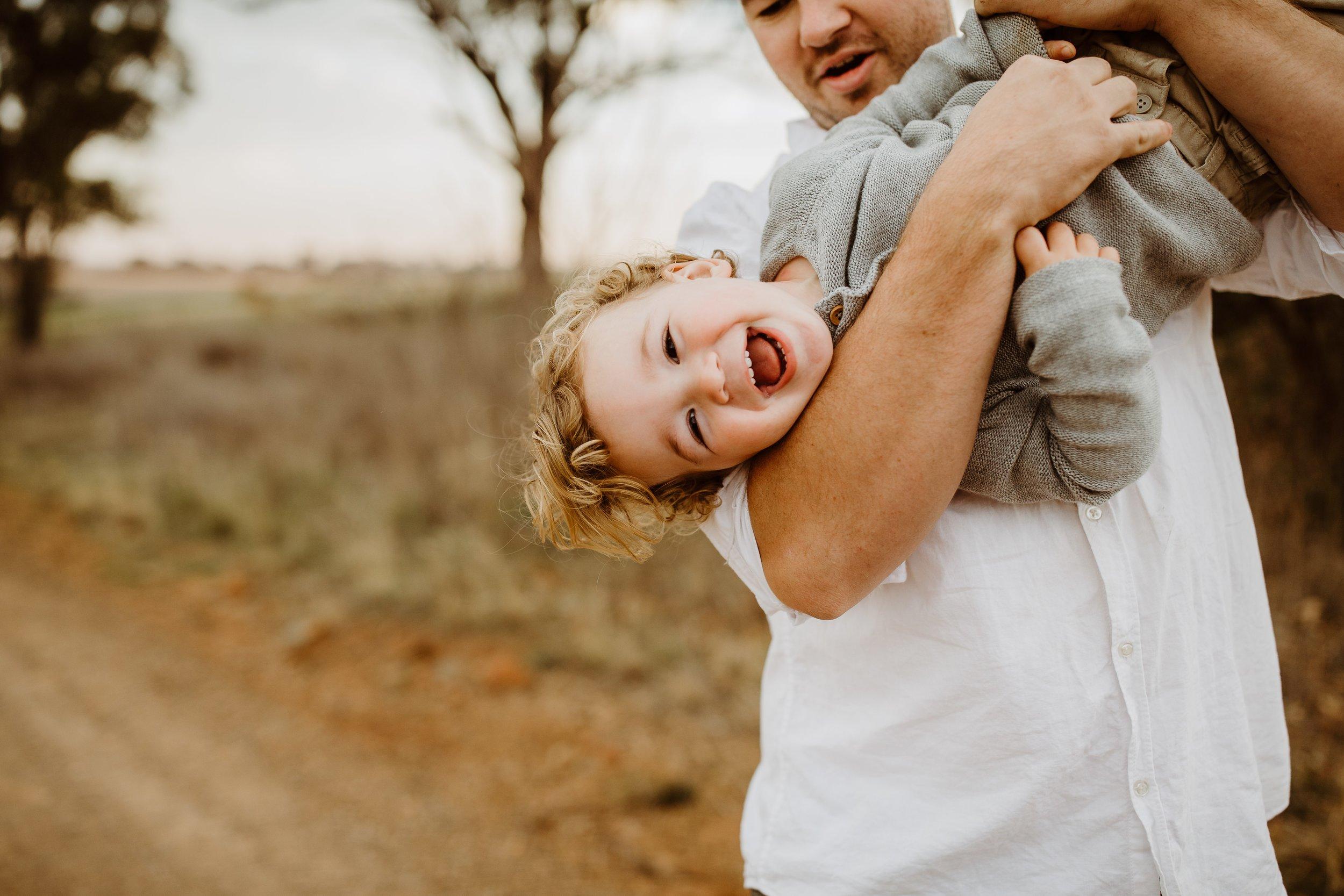 mickalathomas_puremacphotography_weddingphotographer_couplephotographer_Sheppartonphotographer_1616.jpg