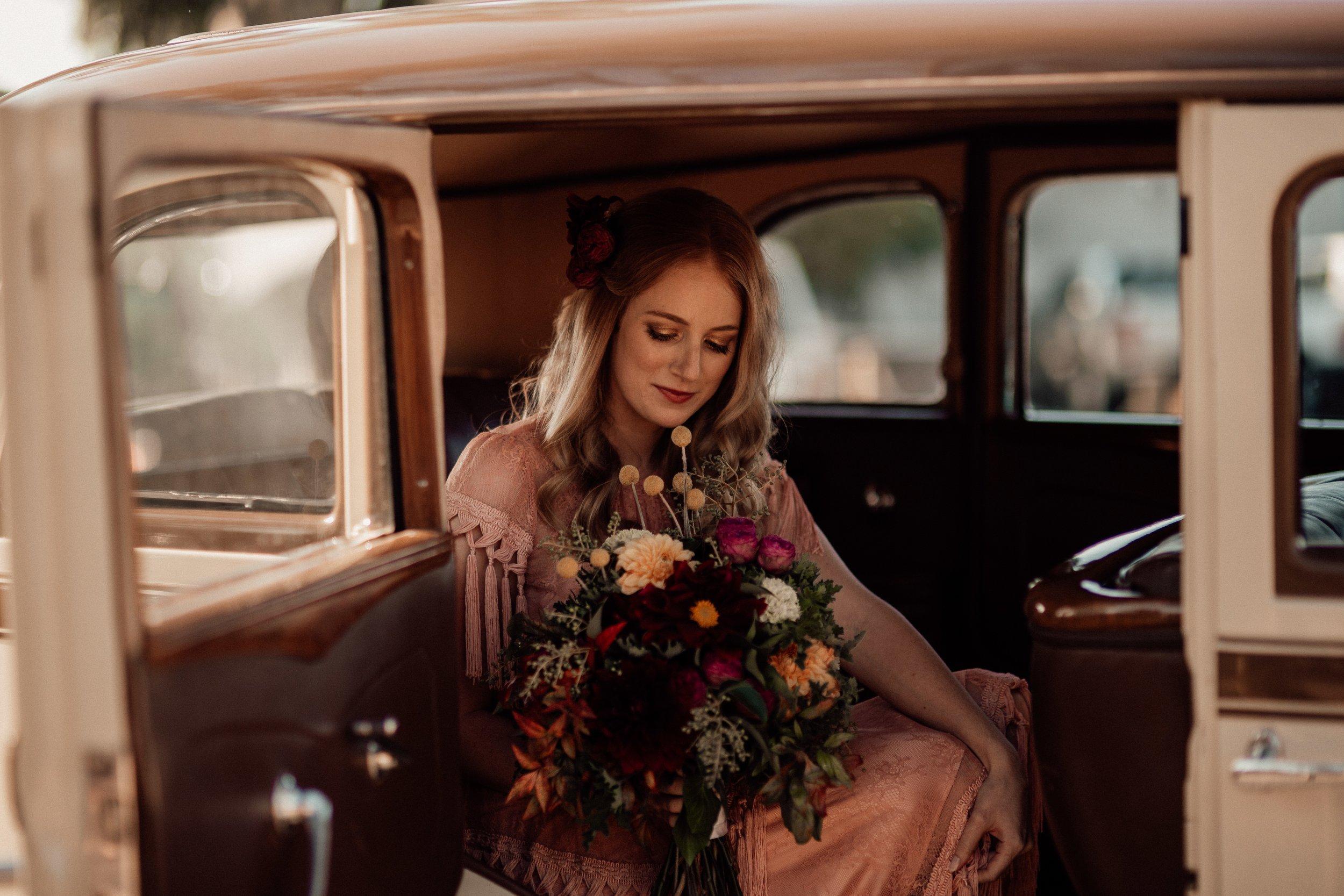 mickalathomas_puremacphotography_weddingphotographer_couplephotographer_Sheppartonphotographer_2127.jpg