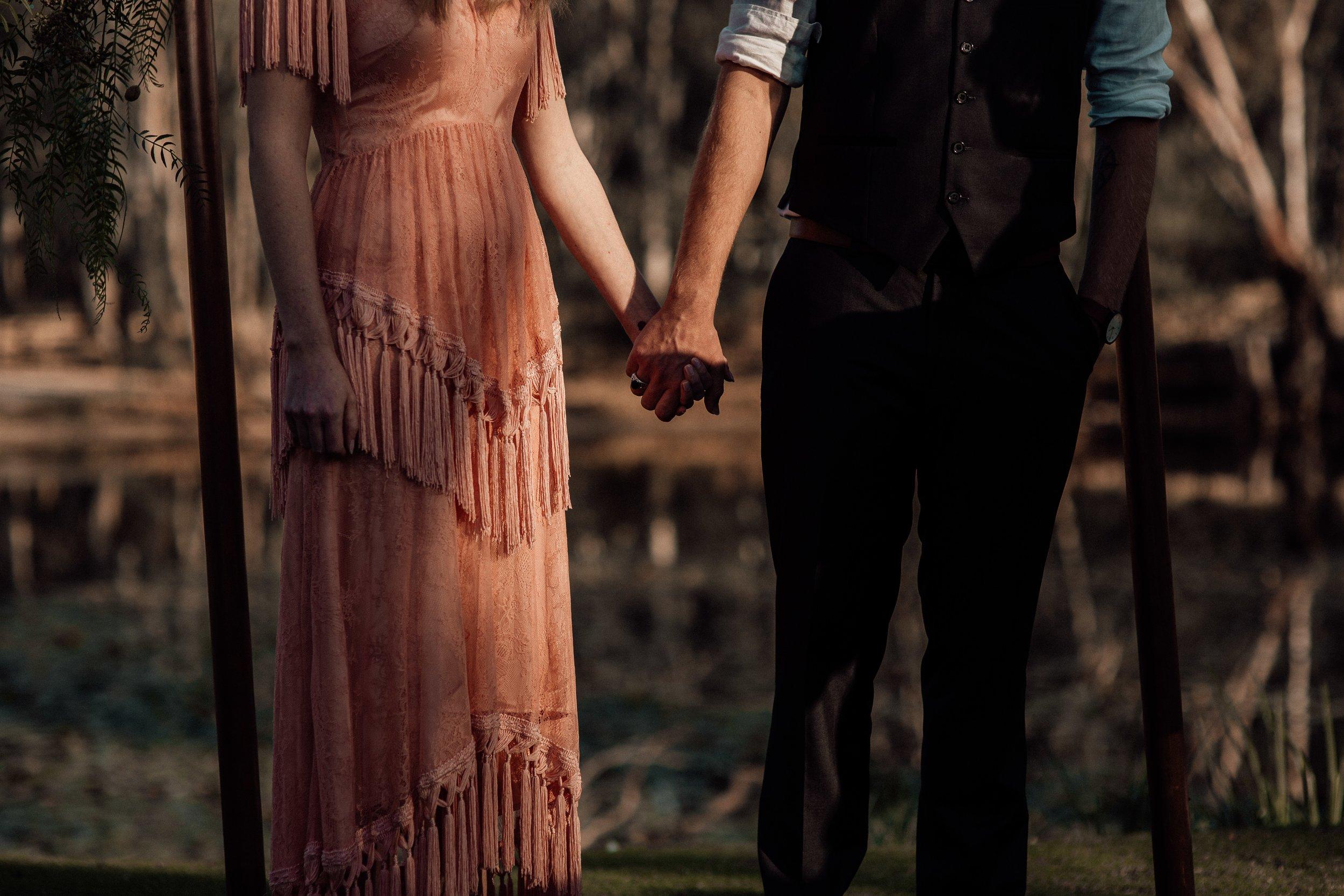mickalathomas_puremacphotography_weddingphotographer_couplephotographer_Sheppartonphotographer_2066.jpg