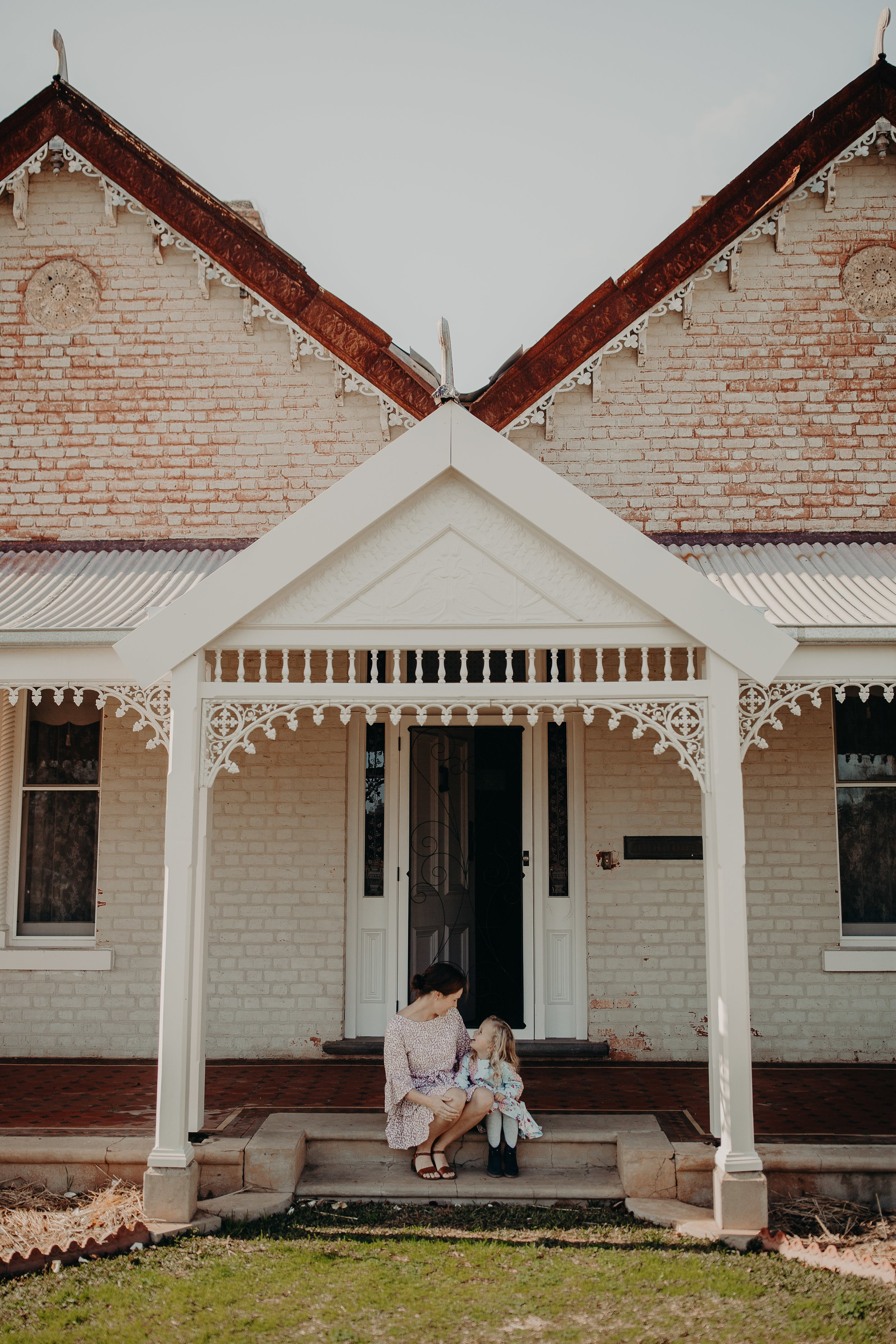 mickalathomas_puremacphotography_weddingphotographer_couplephotographer_Sheppartonphotographer_2465.jpg
