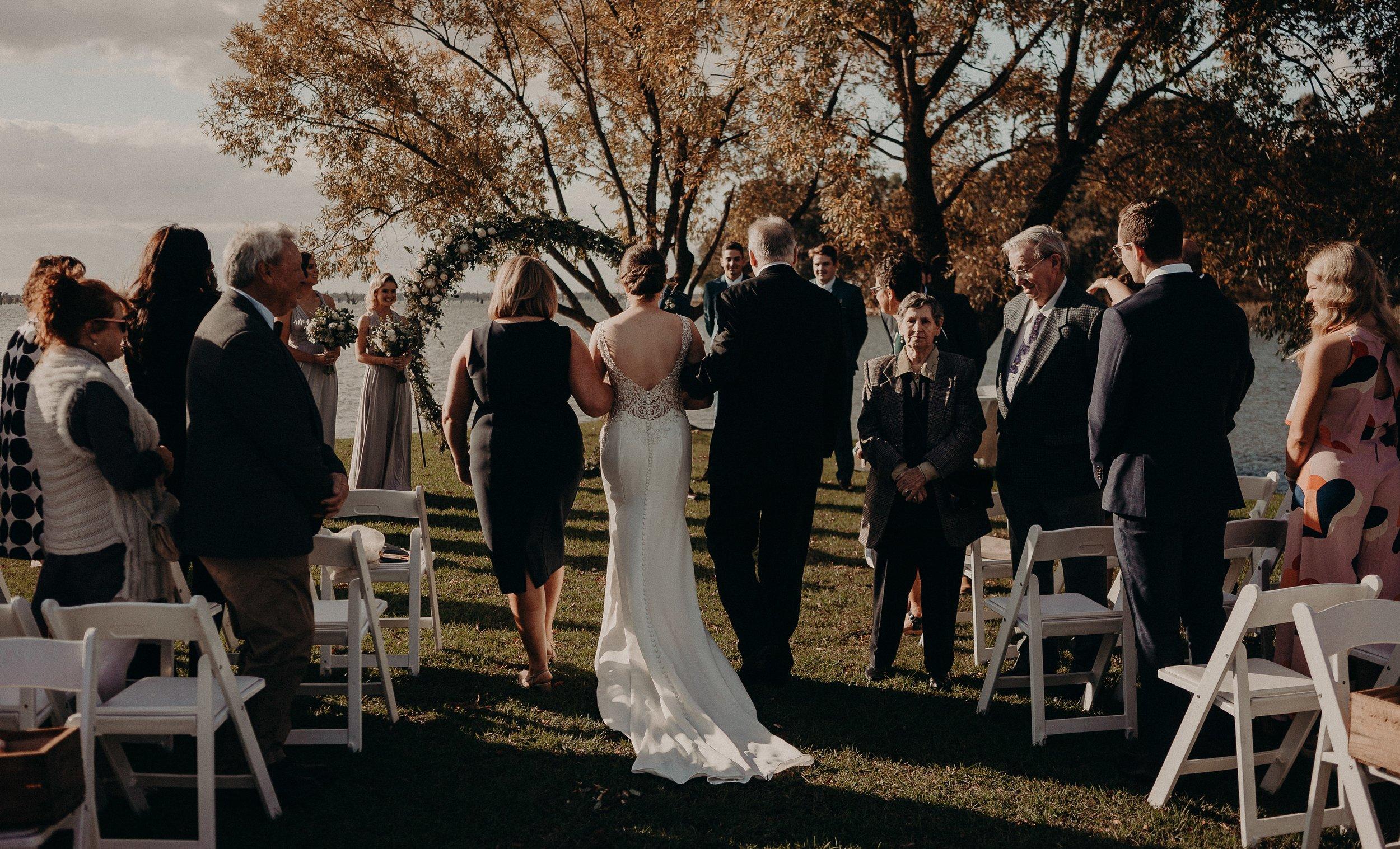 mickalathomas_puremacphotography_weddingphotographer_couplephotographer_Sheppartonphotographer_2533.jpg