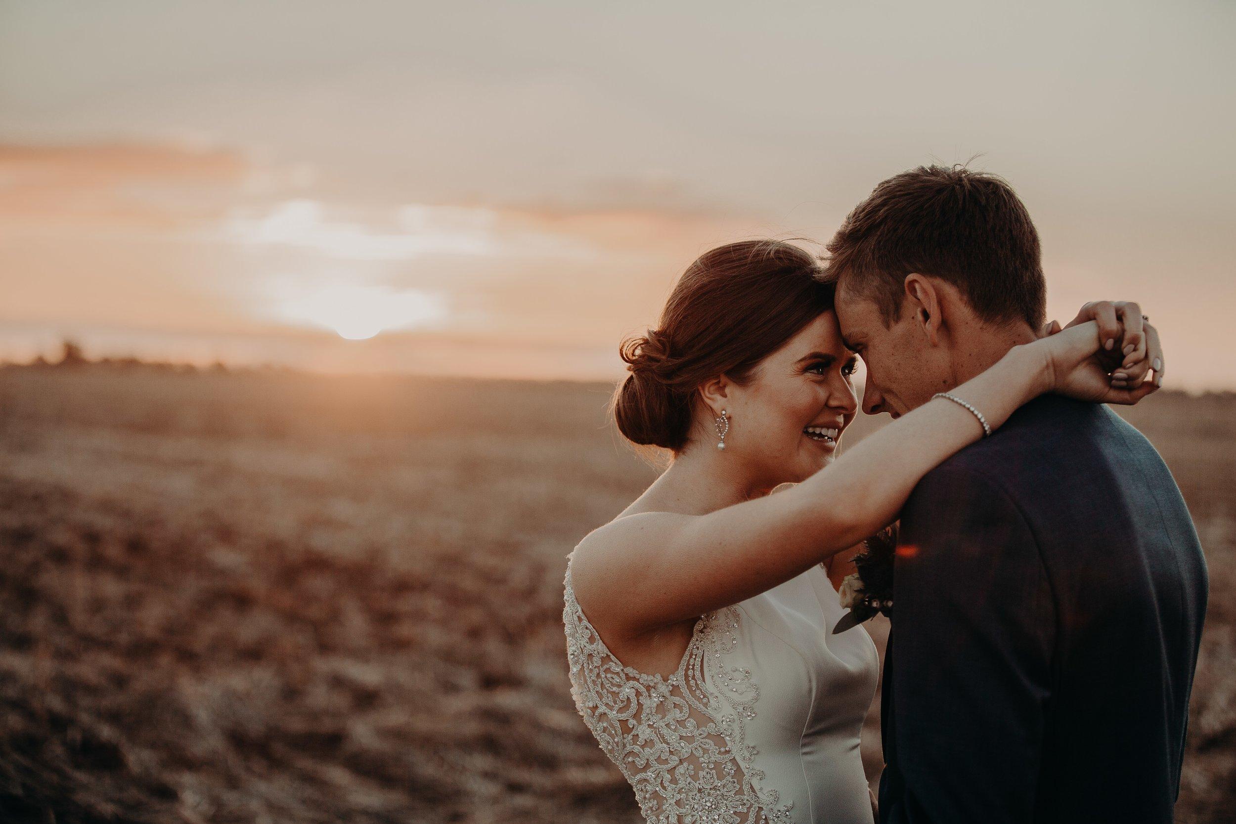 mickalathomas_puremacphotography_weddingphotographer_couplephotographer_Sheppartonphotographer_2573.jpg