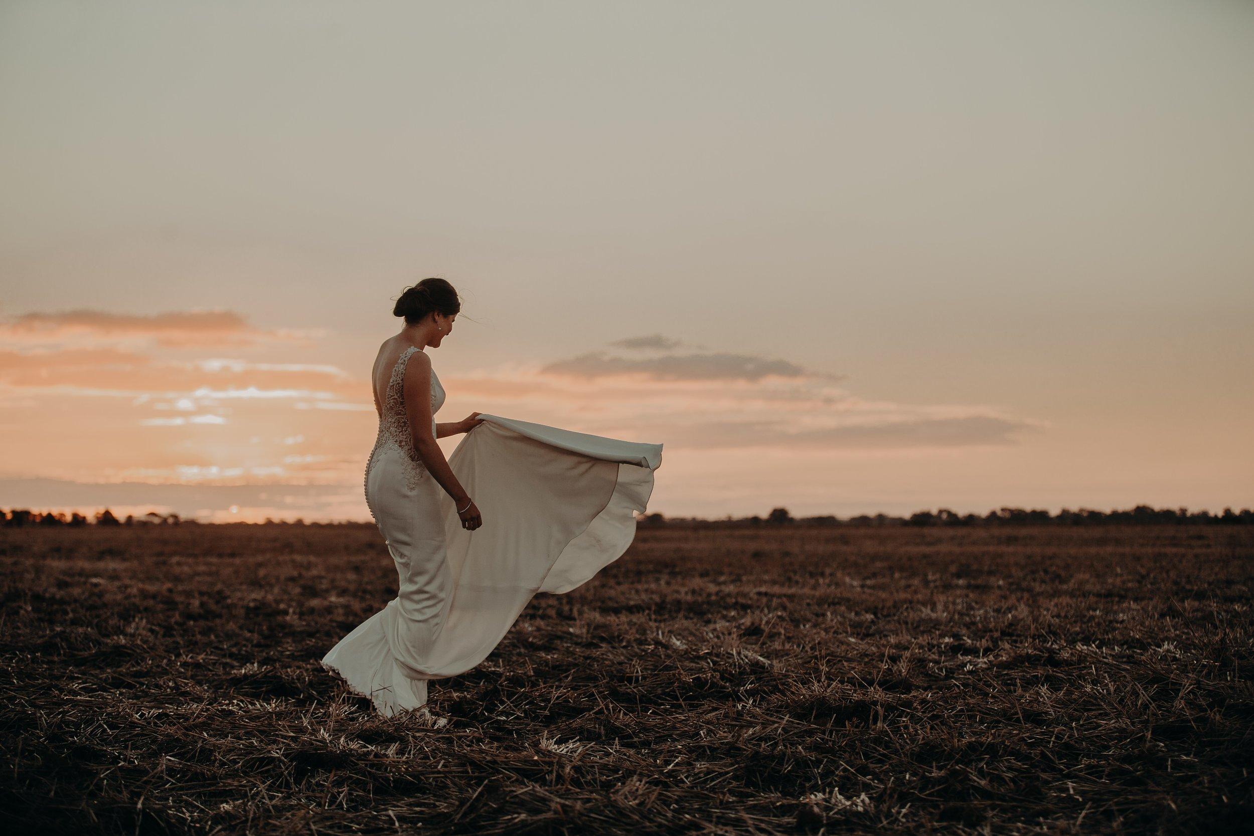 mickalathomas_puremacphotography_weddingphotographer_couplephotographer_Sheppartonphotographer_2575.jpg