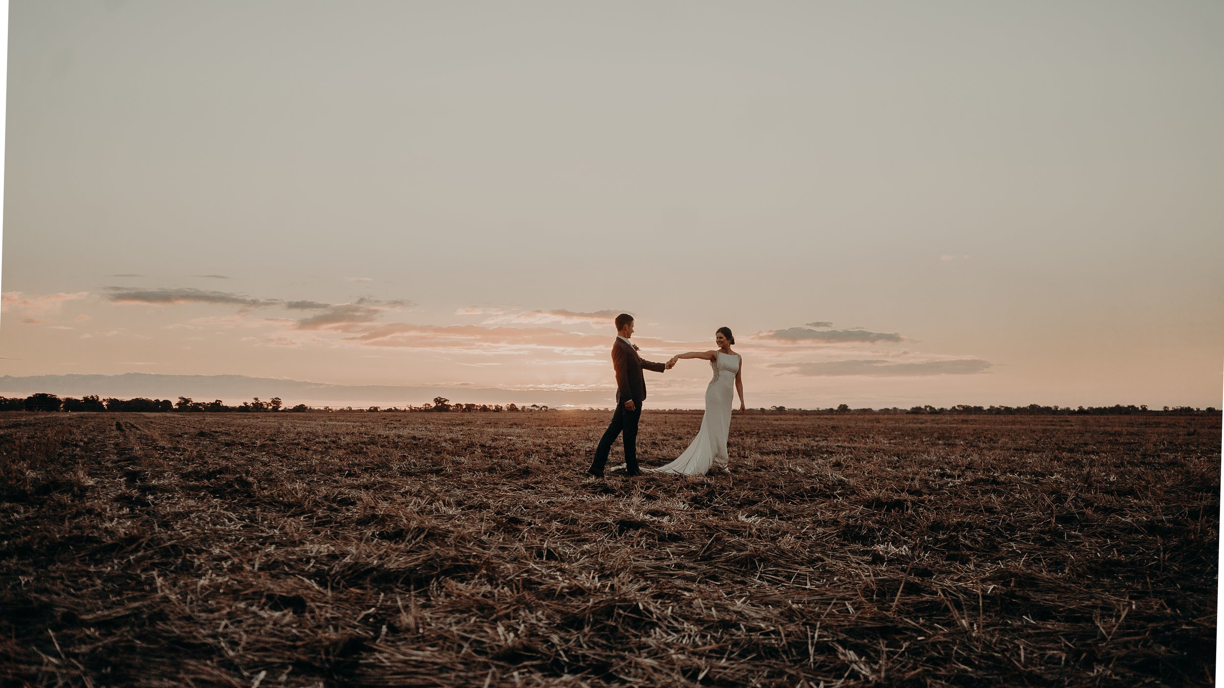 mickalathomas_puremacphotography_weddingphotographer_couplephotographer_Sheppartonphotographer_2577.jpg