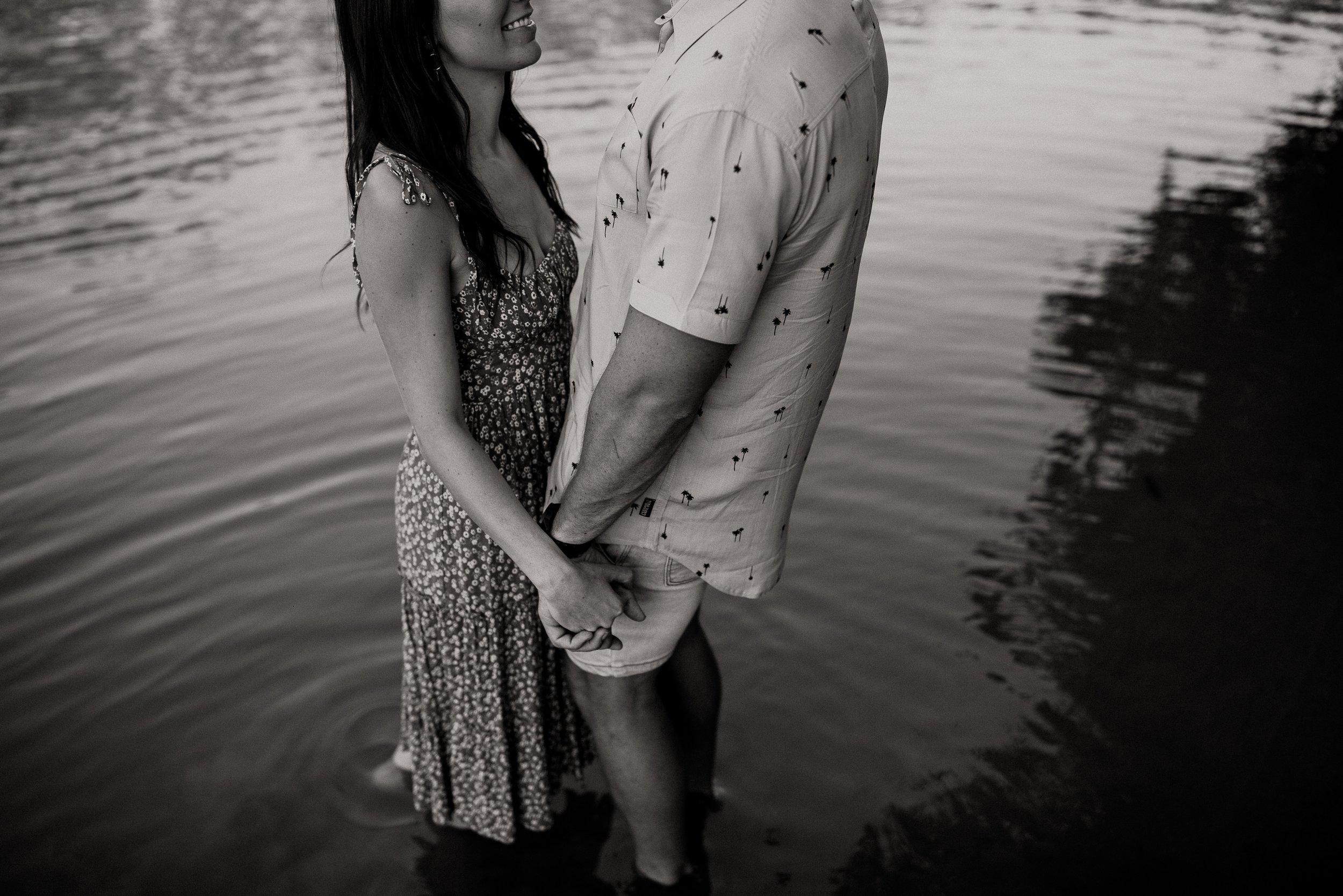 mickalathomas_puremacphotography_weddingphotographer_couplephotographer_Sheppartonphotographer_2675.jpg
