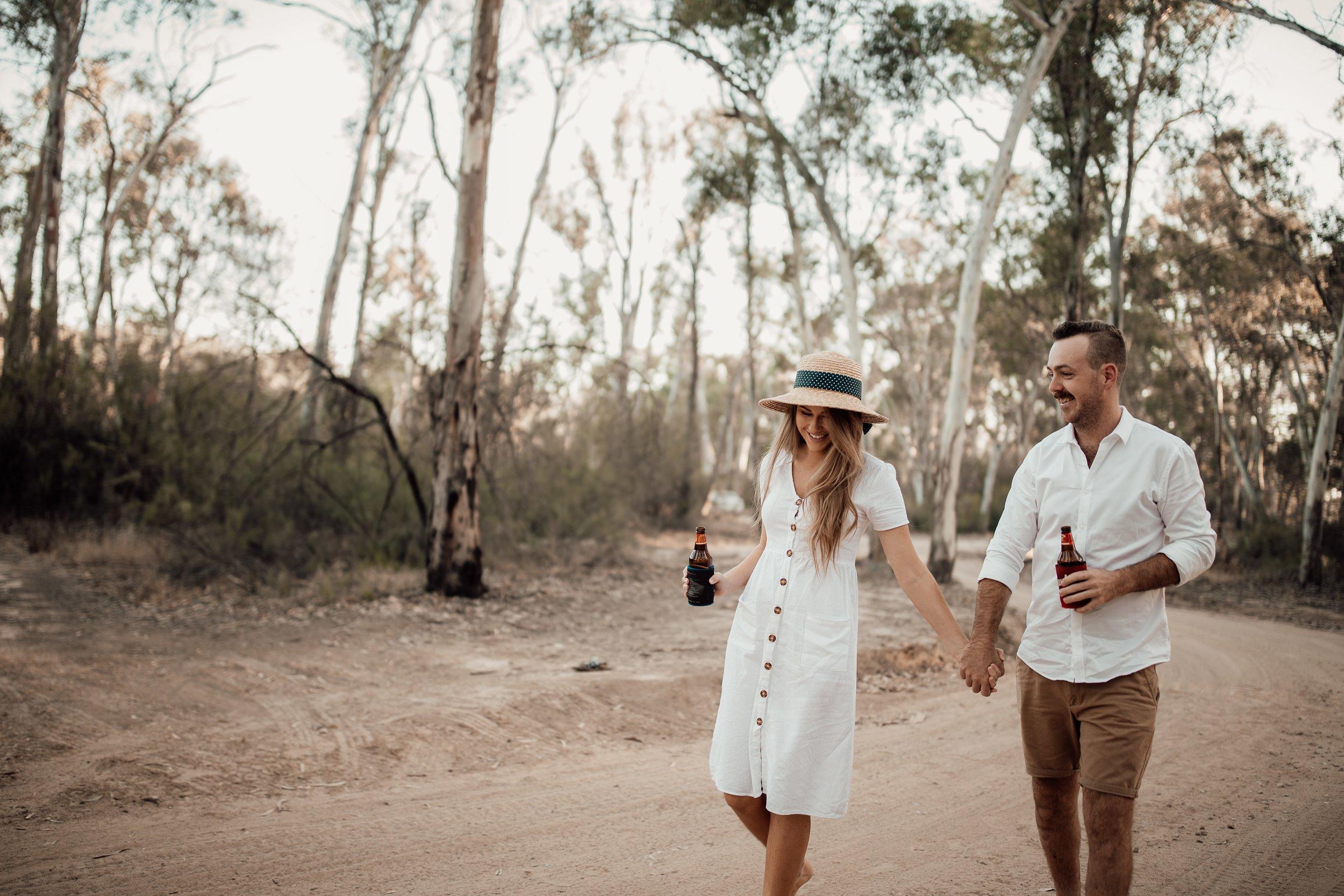 mickalathomas_puremacphotography_weddingphotographer_couplephotographer_Sheppartonphotographer_2810.jpg