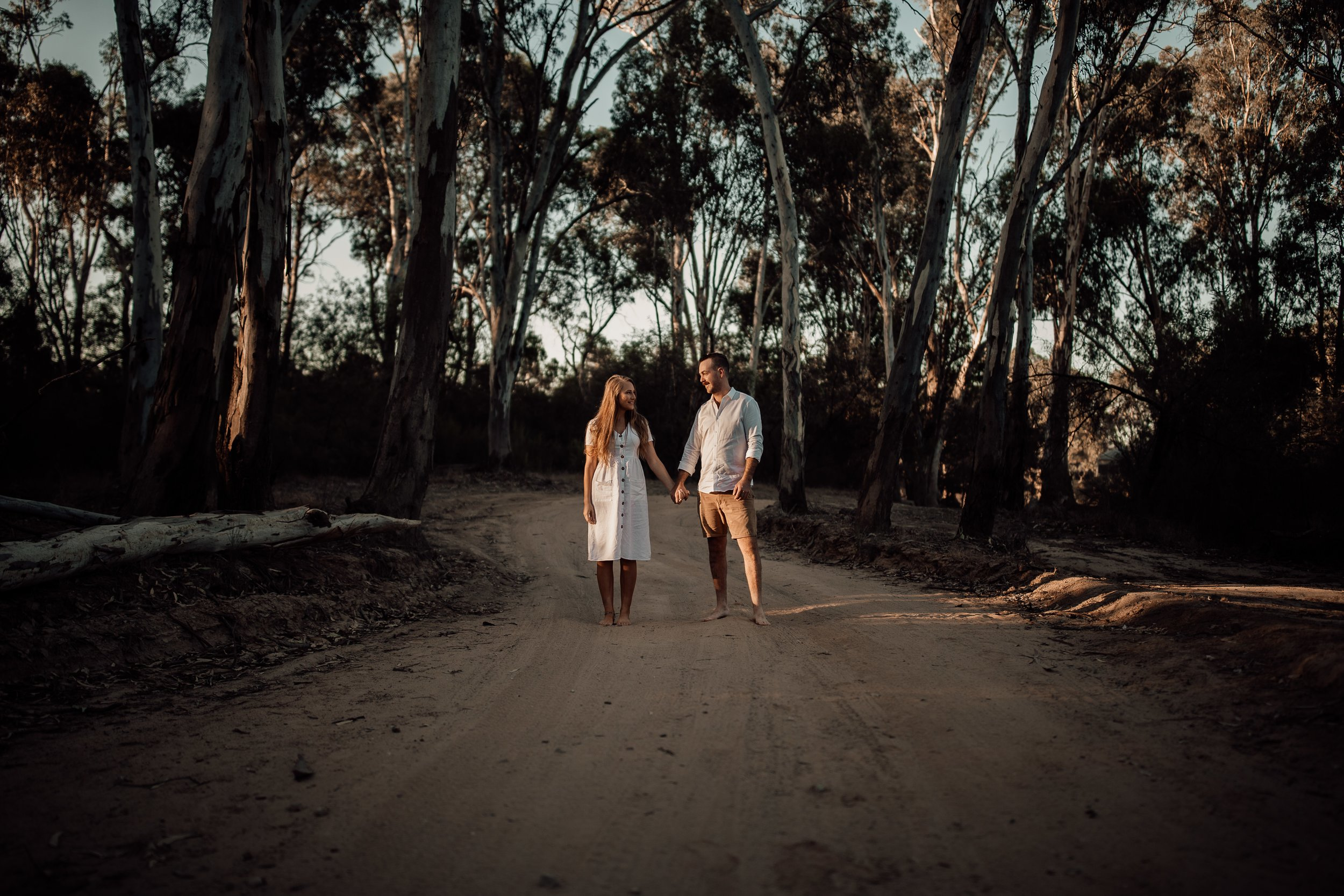 mickalathomas_puremacphotography_weddingphotographer_couplephotographer_Sheppartonphotographer_2815.jpg