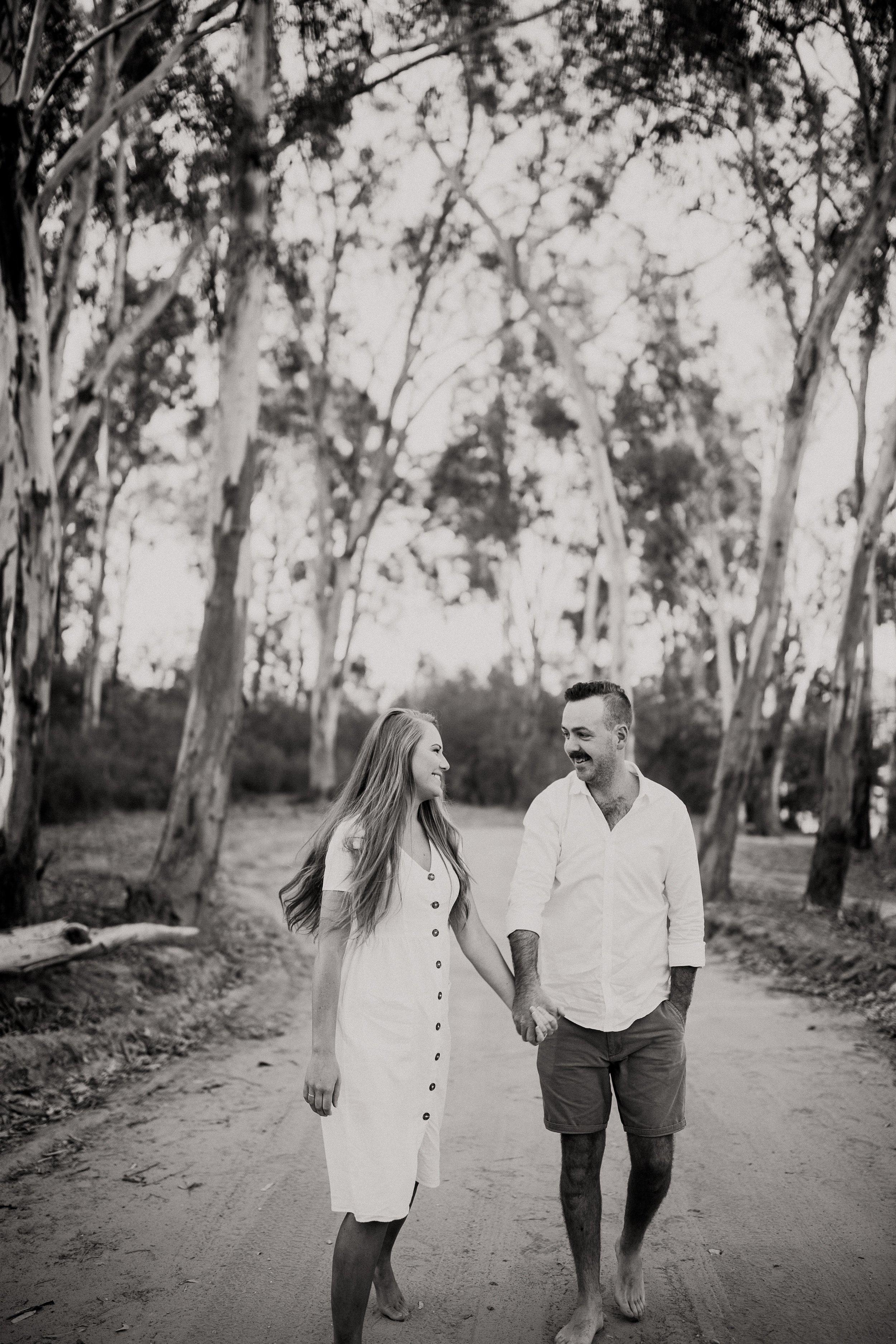 mickalathomas_puremacphotography_weddingphotographer_couplephotographer_Sheppartonphotographer_2816.jpg