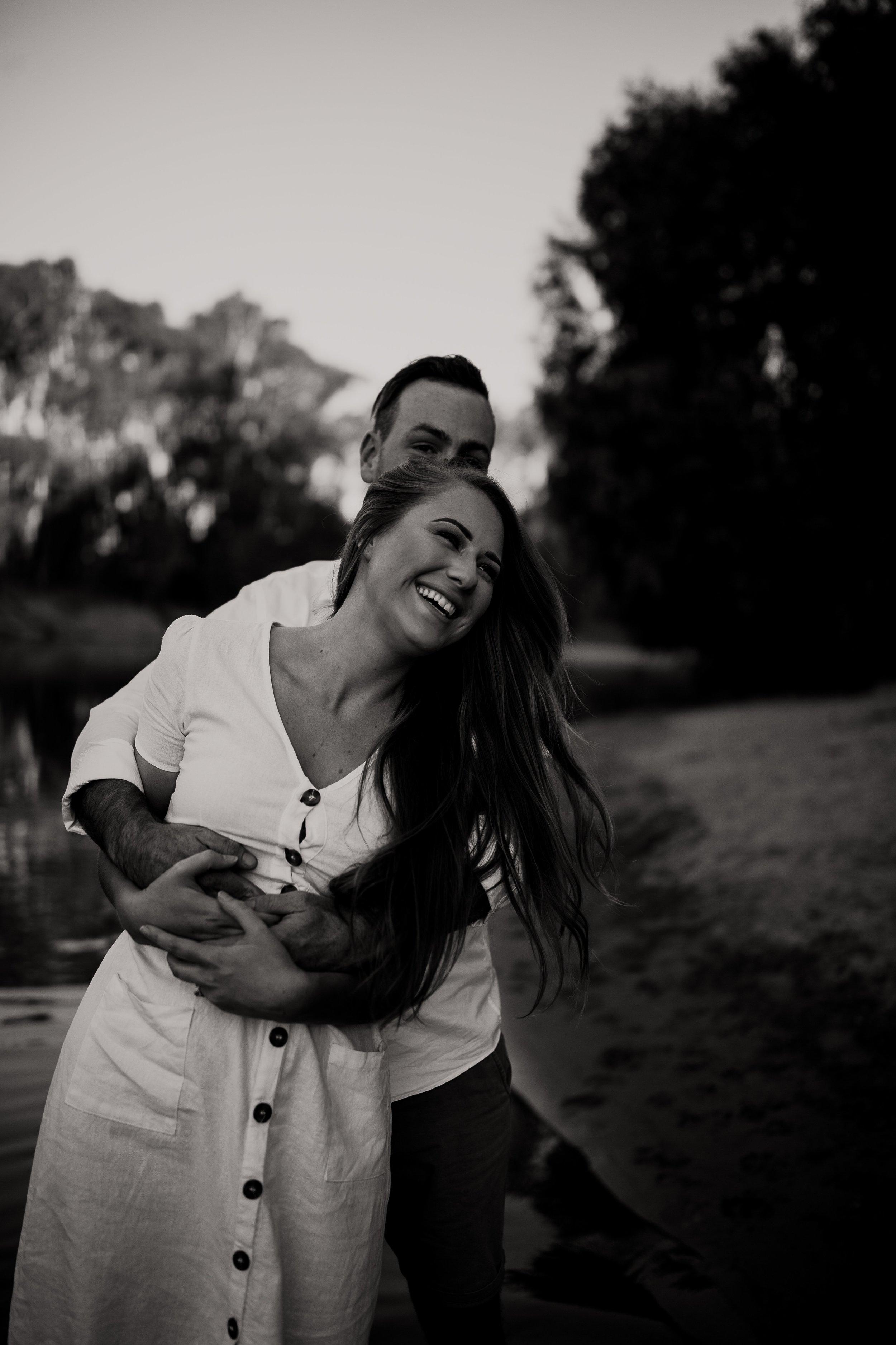 mickalathomas_puremacphotography_weddingphotographer_couplephotographer_Sheppartonphotographer_2844.jpg