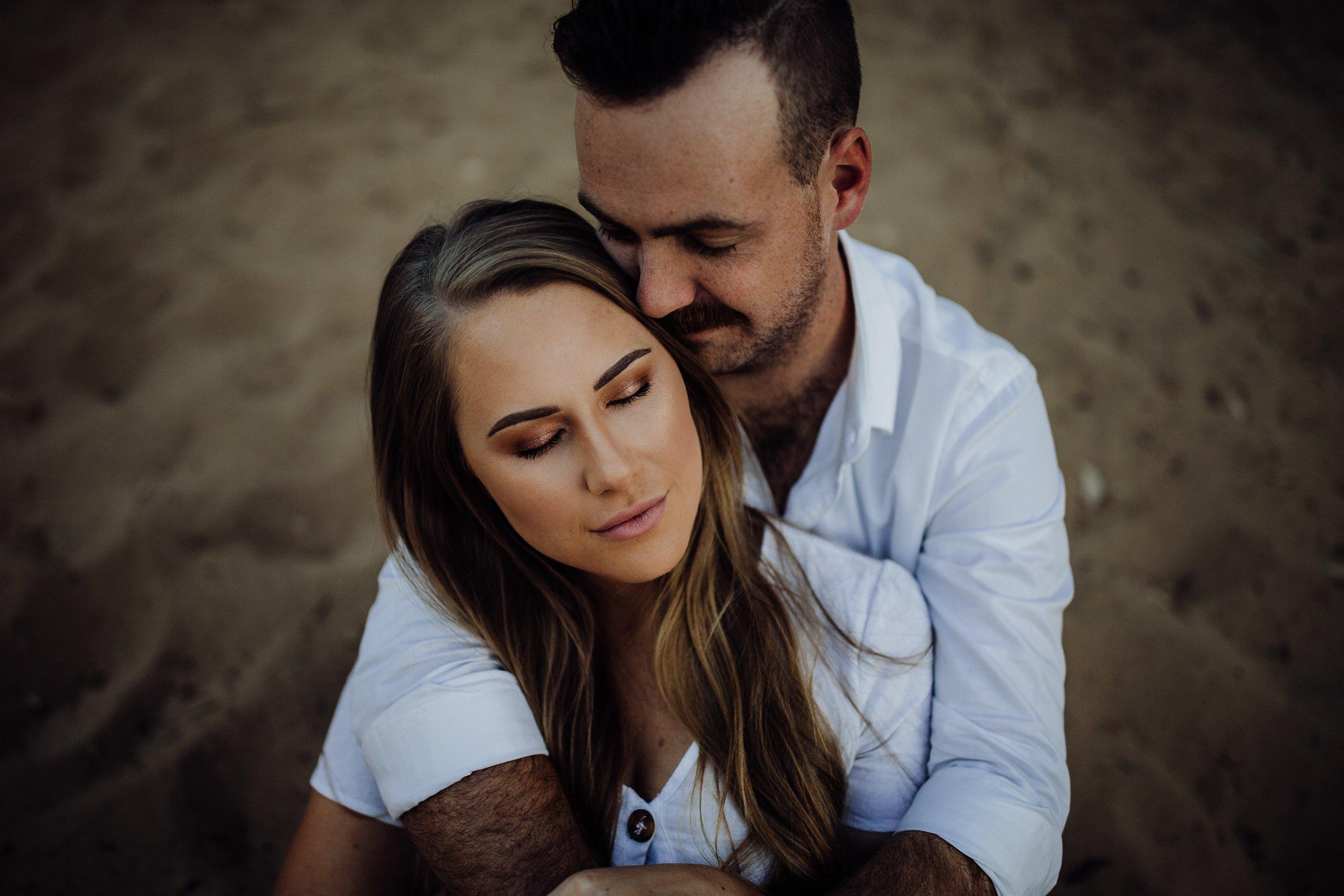 mickalathomas_puremacphotography_weddingphotographer_couplephotographer_Sheppartonphotographer_2850.jpg