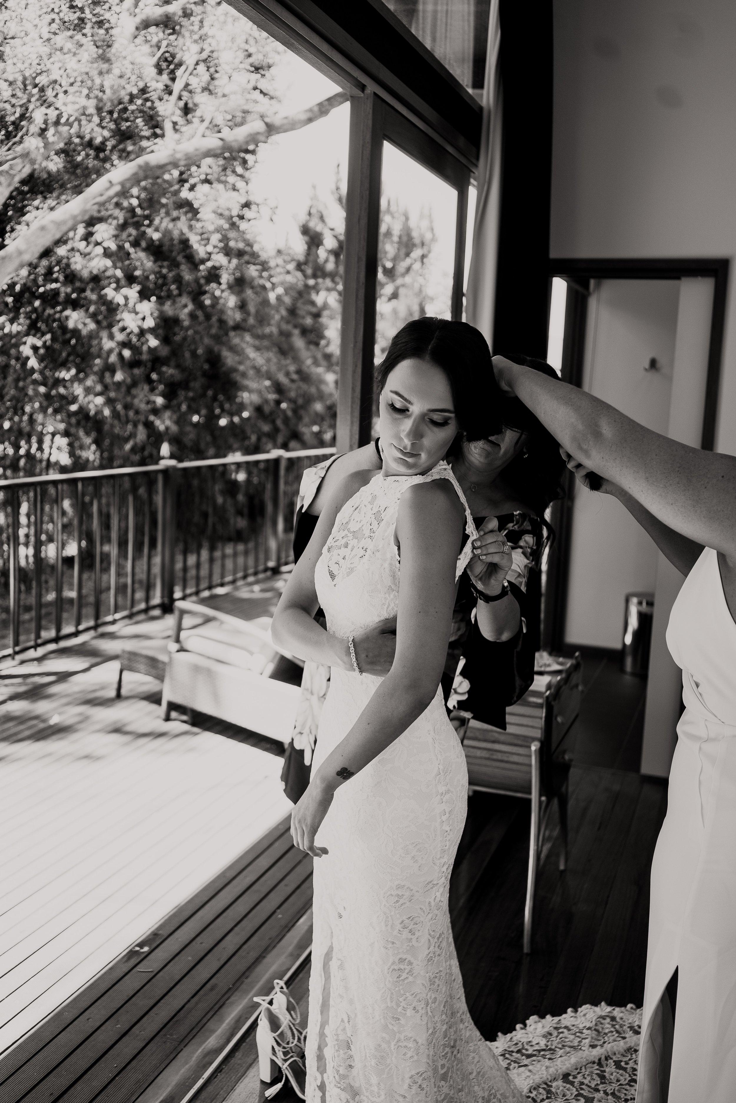 mickalathomas_puremacphotography_weddingphotographer_couplephotographer_Sheppartonphotographer_2701.jpg