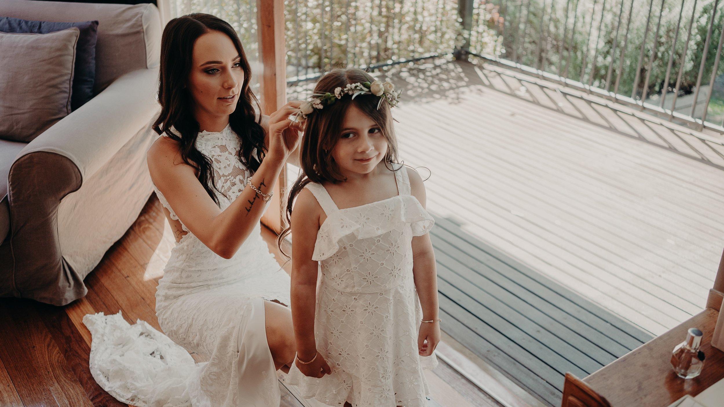 mickalathomas_puremacphotography_weddingphotographer_couplephotographer_Sheppartonphotographer_2708.jpg