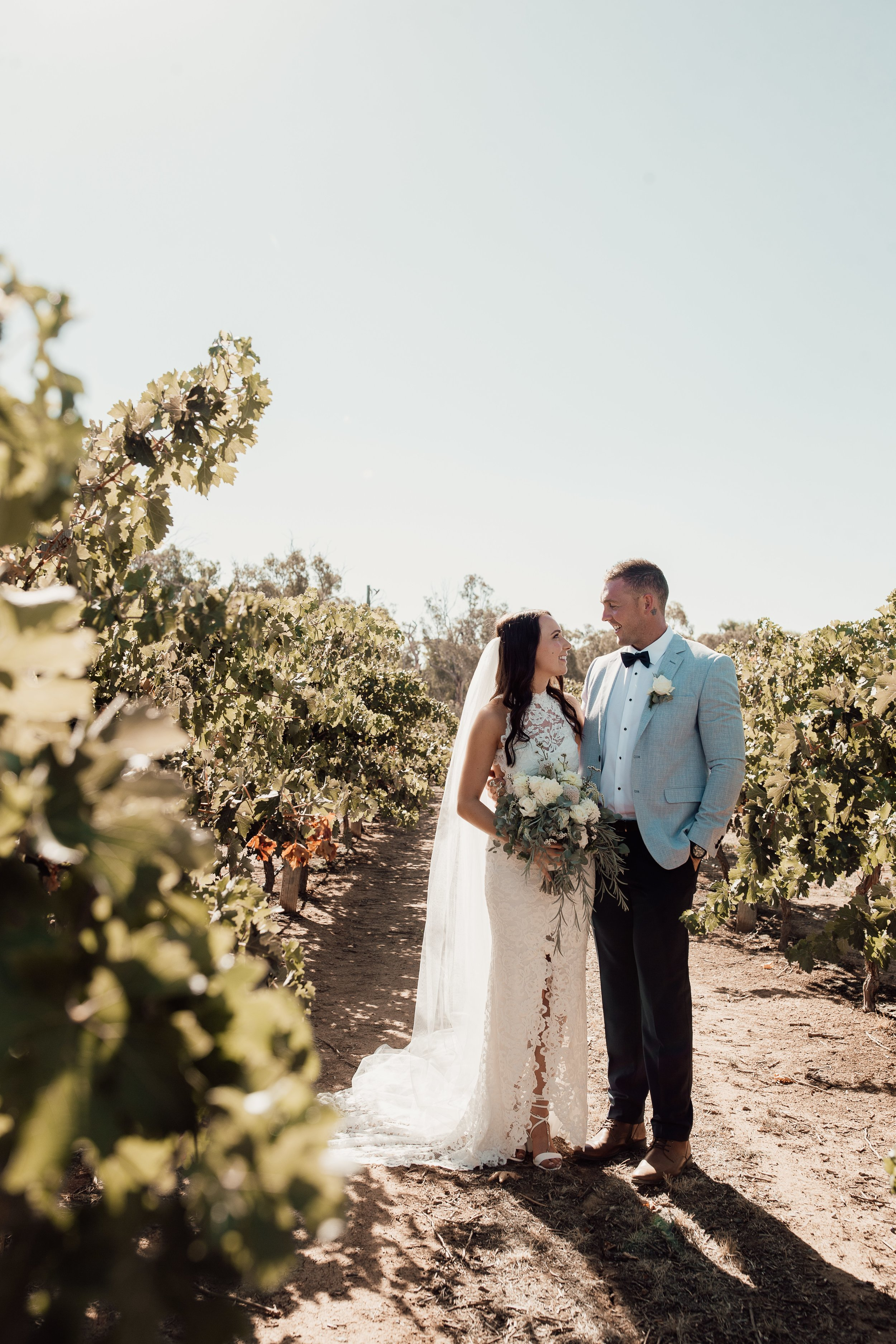 mickalathomas_puremacphotography_weddingphotographer_couplephotographer_Sheppartonphotographer_2899.jpg
