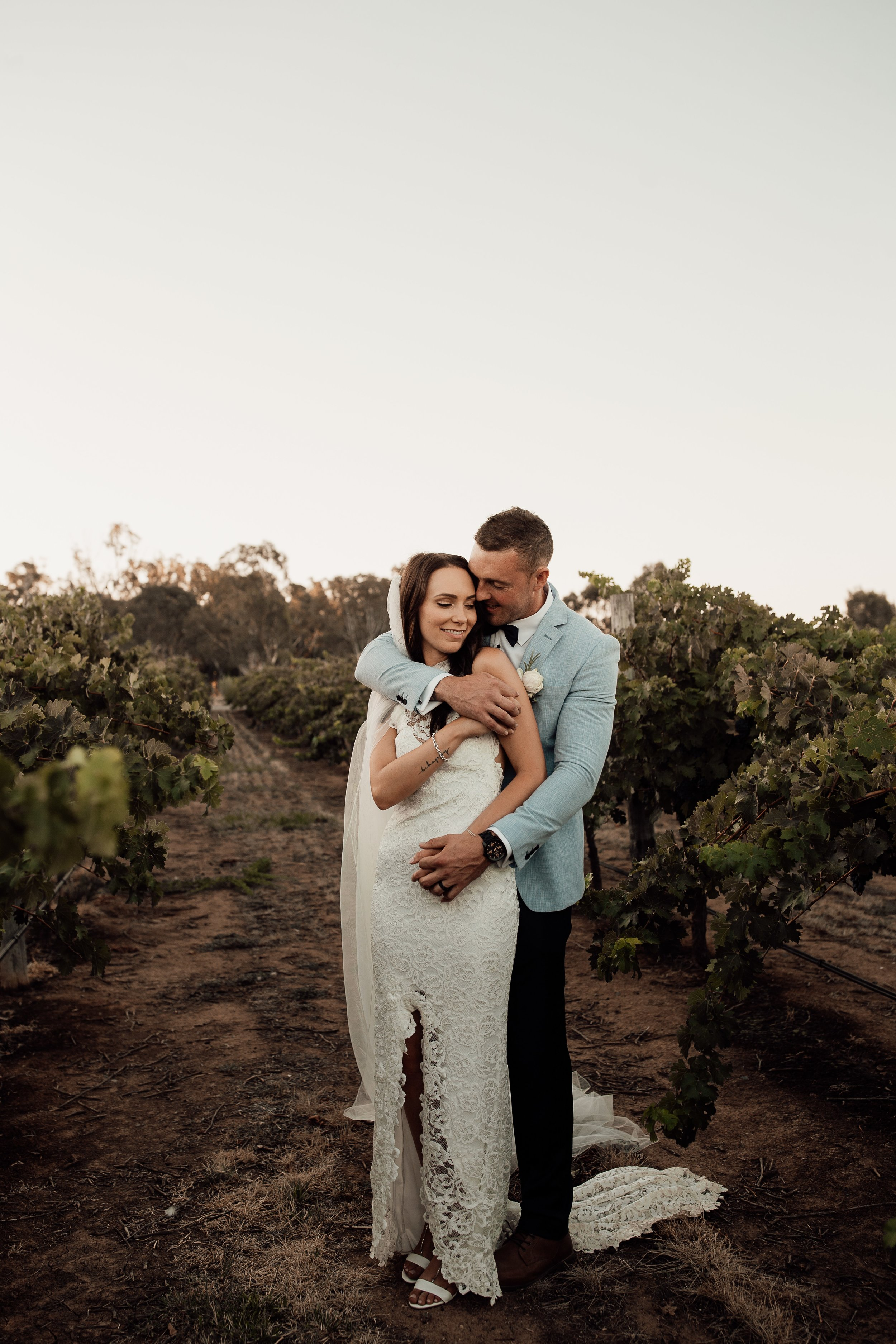 mickalathomas_puremacphotography_weddingphotographer_couplephotographer_Sheppartonphotographer_2916.jpg