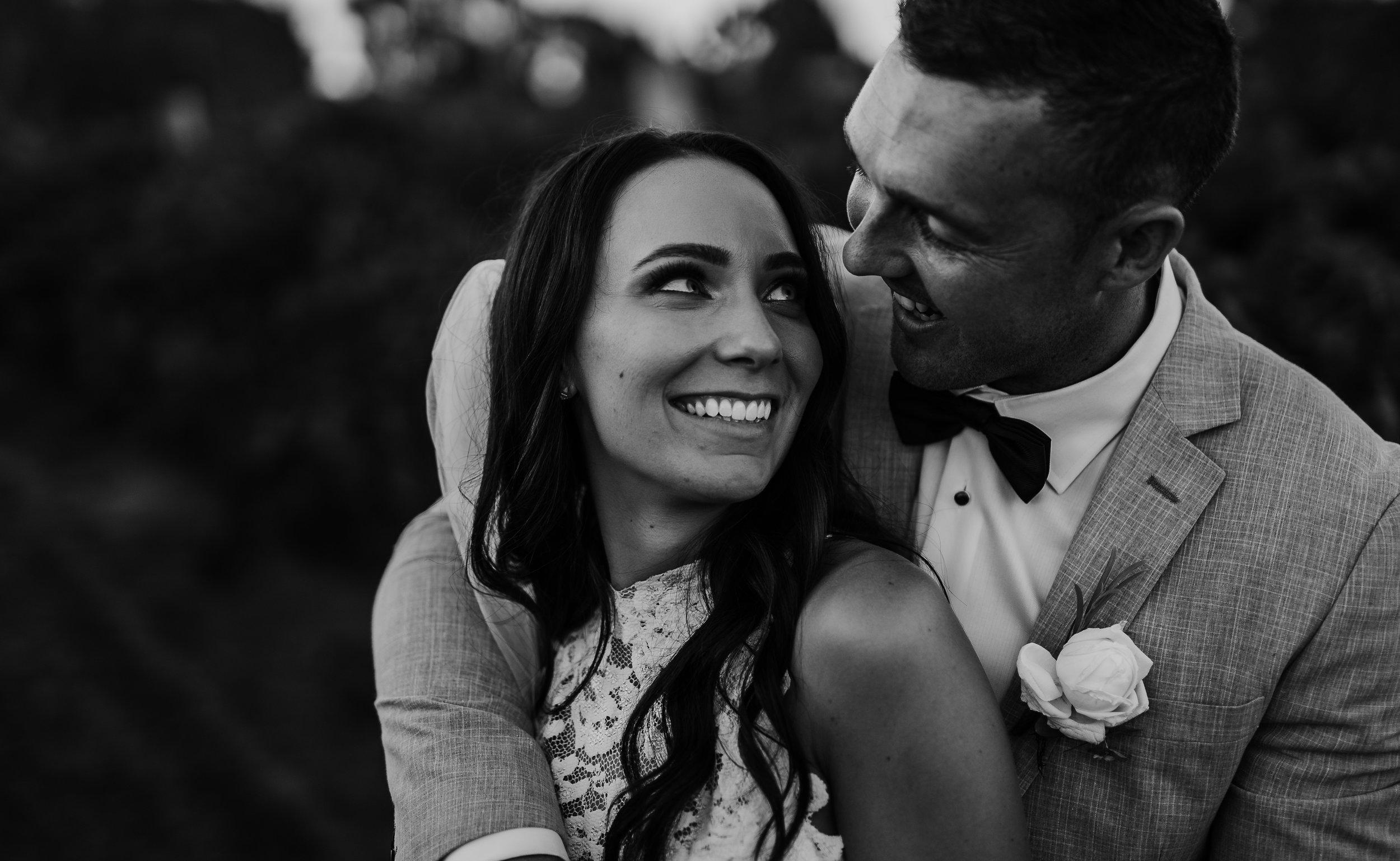 mickalathomas_puremacphotography_weddingphotographer_couplephotographer_Sheppartonphotographer_2919.jpg