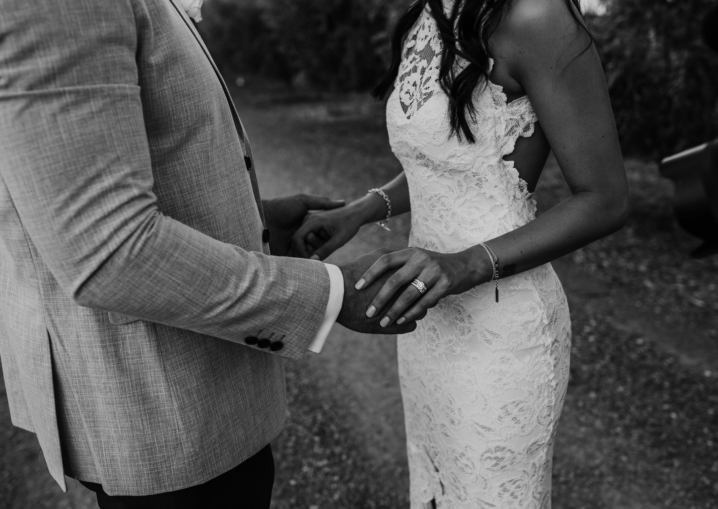 mickalathomas_puremacphotography_weddingphotographer_couplephotographer_Sheppartonphotographer_2929.jpg