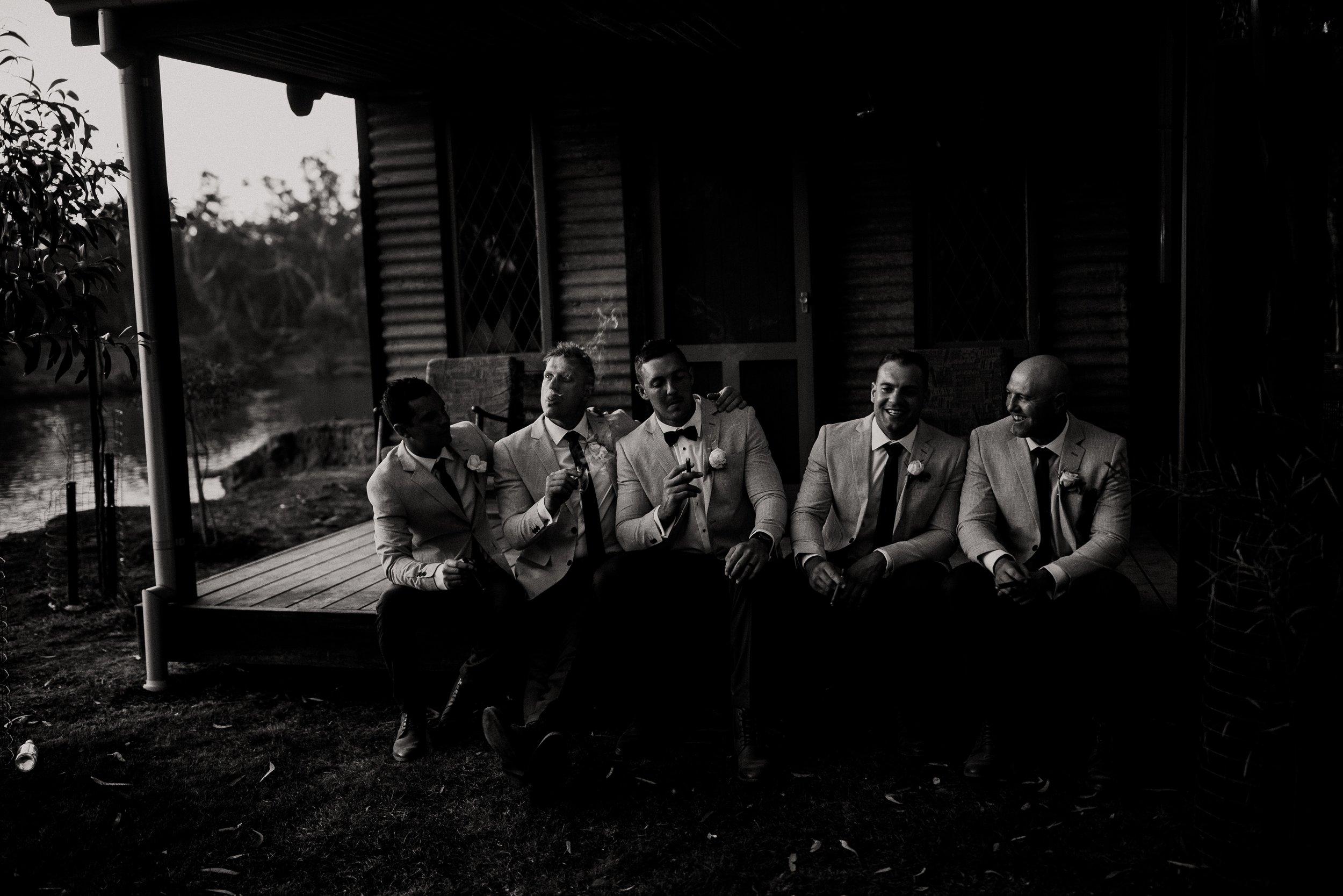 mickalathomas_puremacphotography_weddingphotographer_couplephotographer_Sheppartonphotographer_2937.jpg