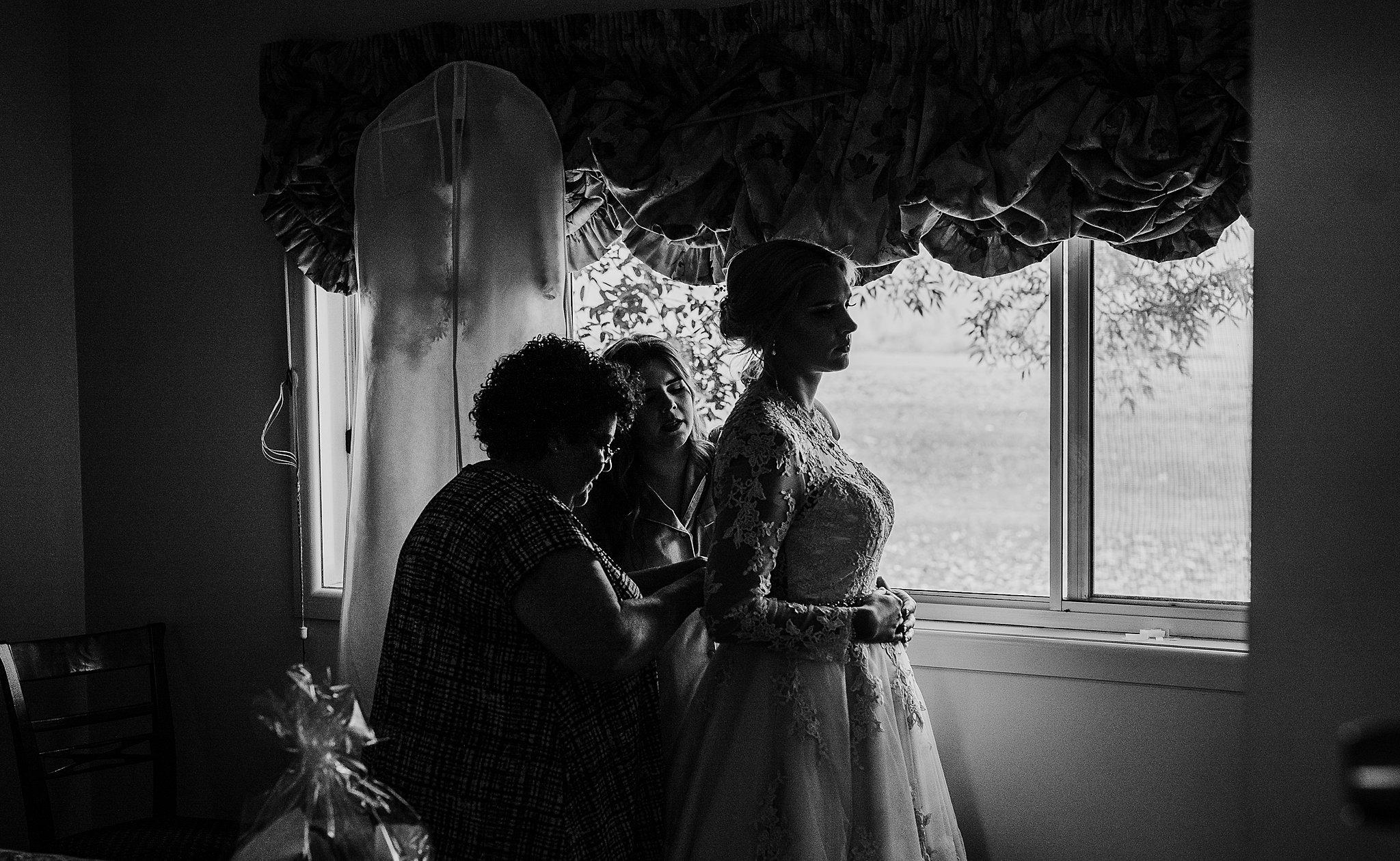 mickalathomas_puremacphotography_weddingphotographer_couplephotographer_Sheppartonphotographer_3397.jpg