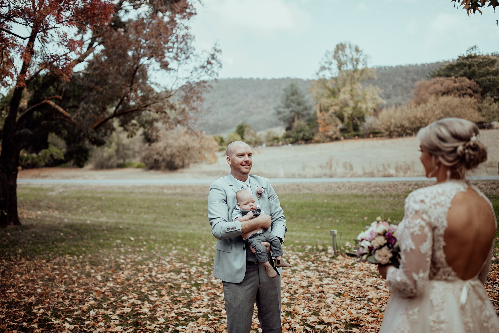 mickalathomas_puremacphotography_weddingphotographer_couplephotographer_Sheppartonphotographer_3410.jpg
