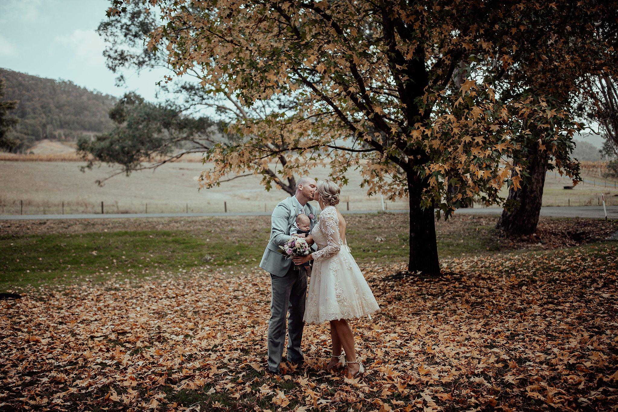 mickalathomas_puremacphotography_weddingphotographer_couplephotographer_Sheppartonphotographer_3409.jpg