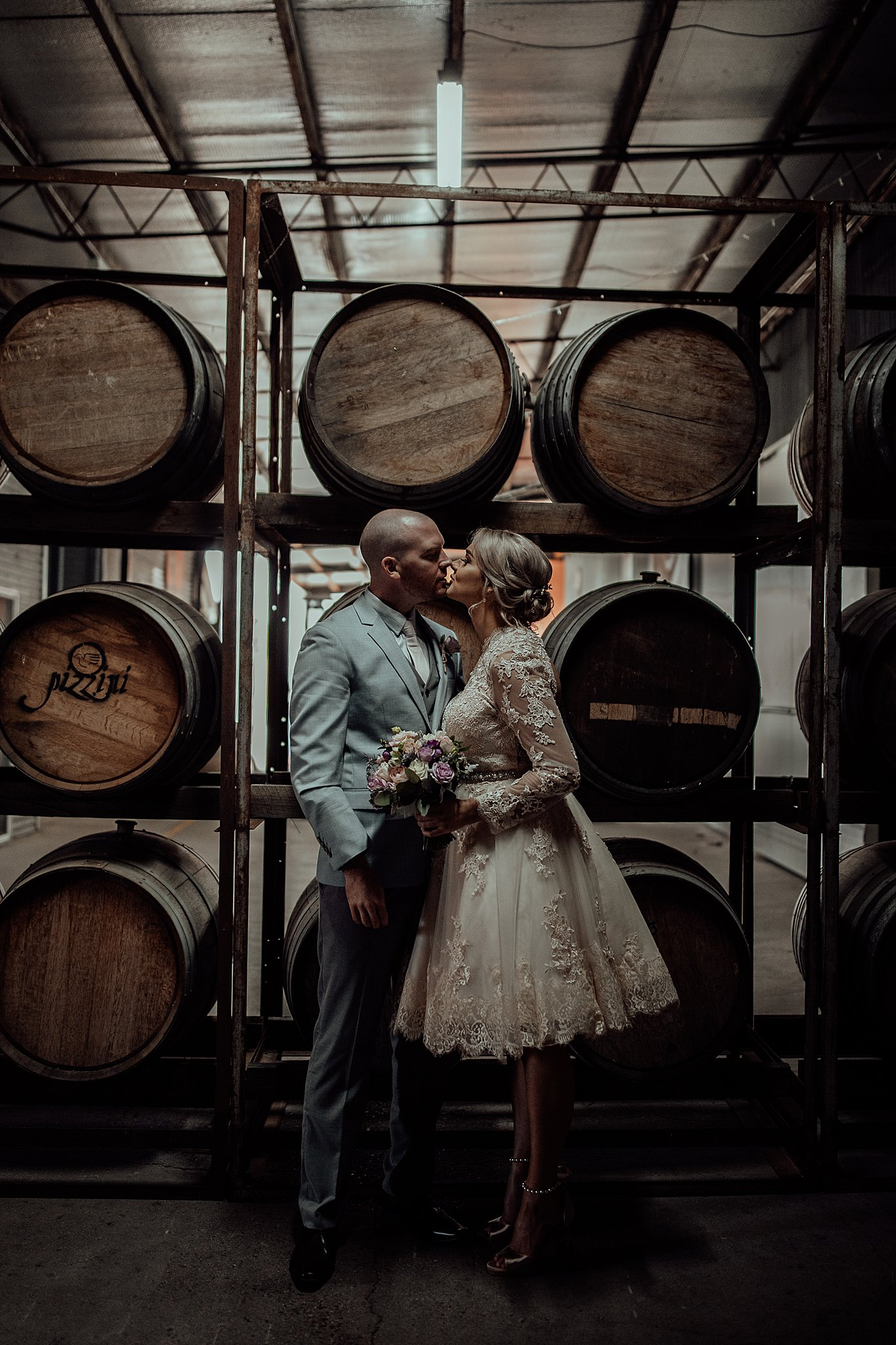 mickalathomas_puremacphotography_weddingphotographer_couplephotographer_Sheppartonphotographer_3413.jpg
