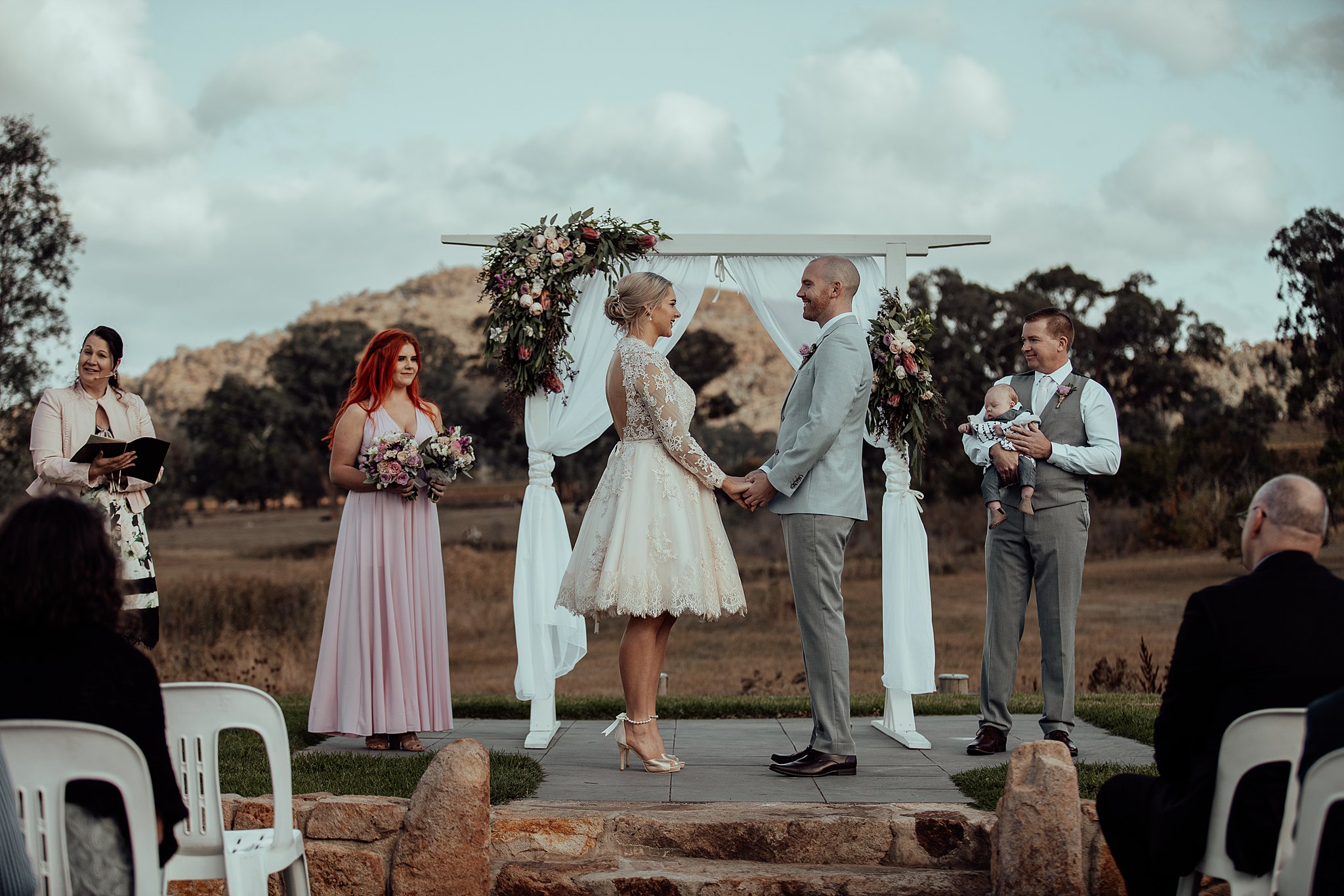 mickalathomas_puremacphotography_weddingphotographer_couplephotographer_Sheppartonphotographer_3425.jpg