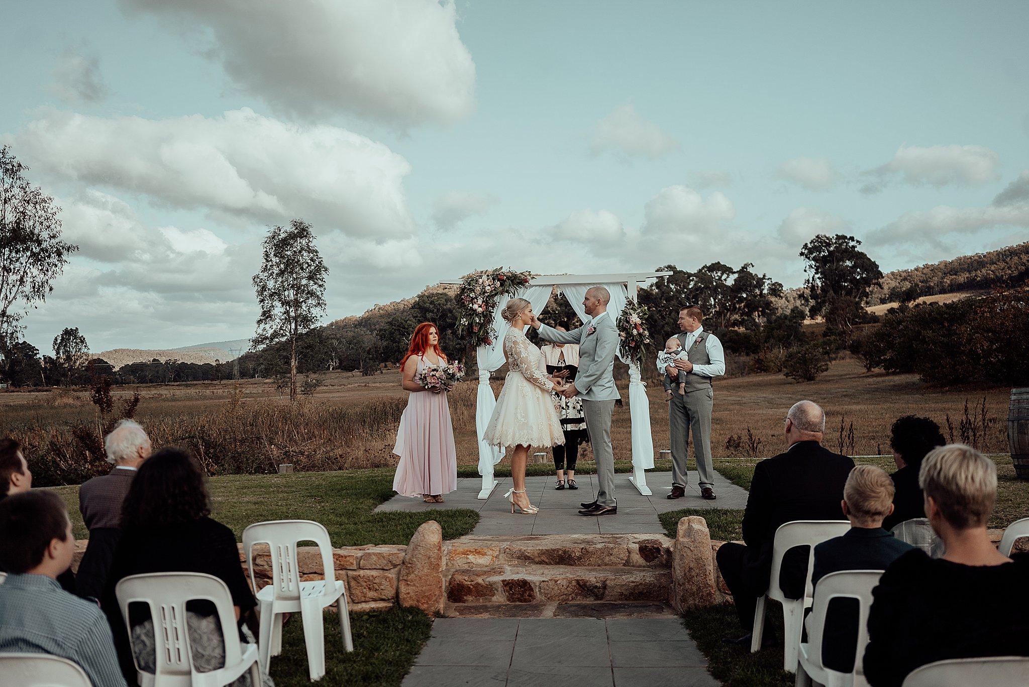 mickalathomas_puremacphotography_weddingphotographer_couplephotographer_Sheppartonphotographer_3429.jpg