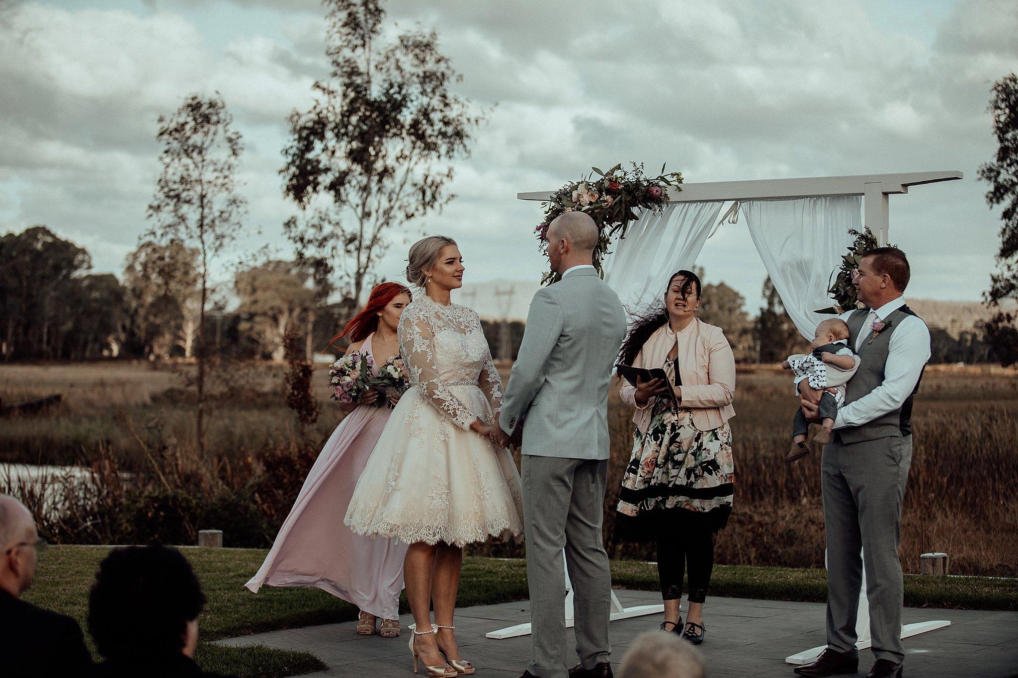 mickalathomas_puremacphotography_weddingphotographer_couplephotographer_Sheppartonphotographer_3430.jpg