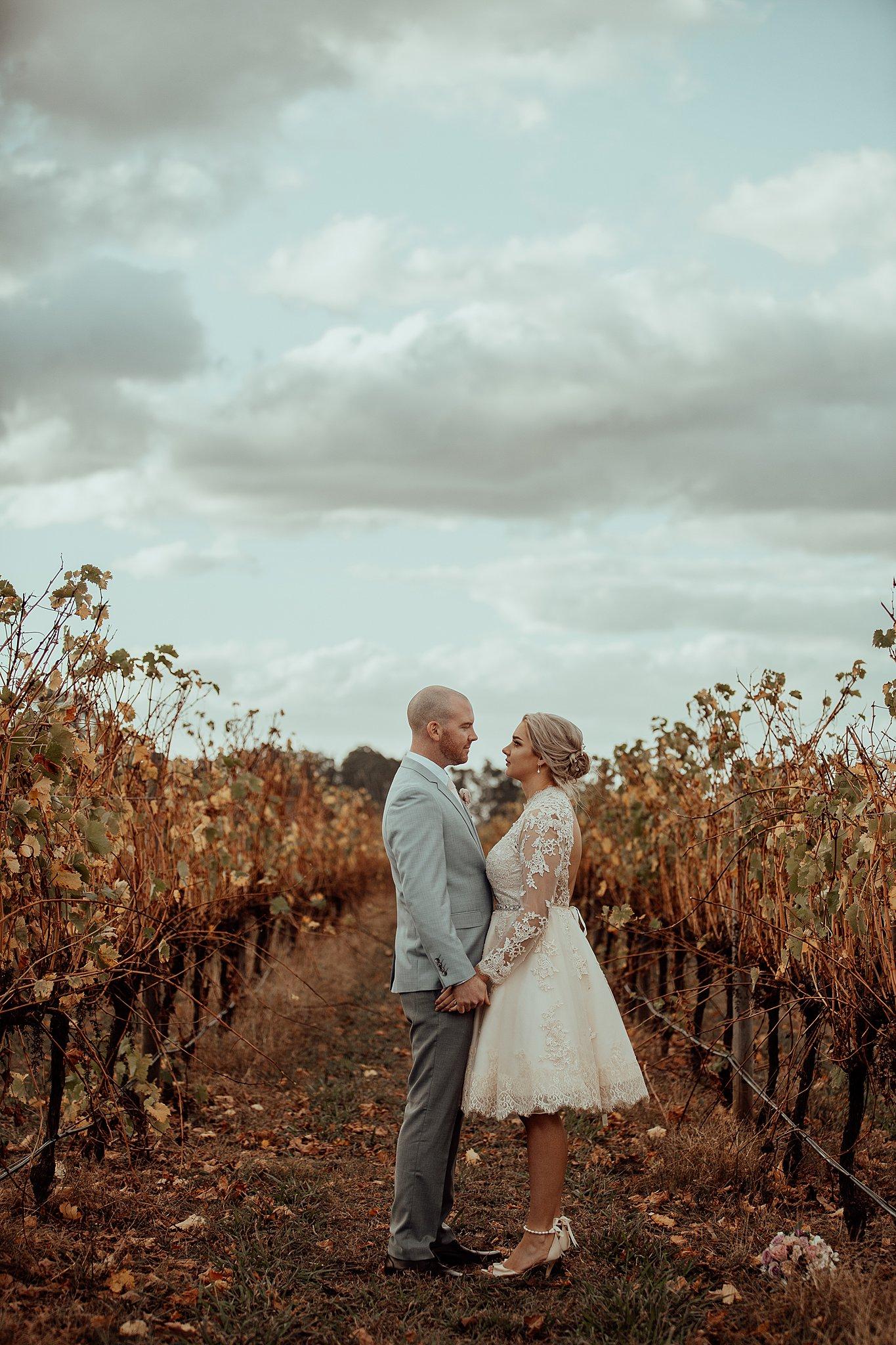 mickalathomas_puremacphotography_weddingphotographer_couplephotographer_Sheppartonphotographer_3452.jpg