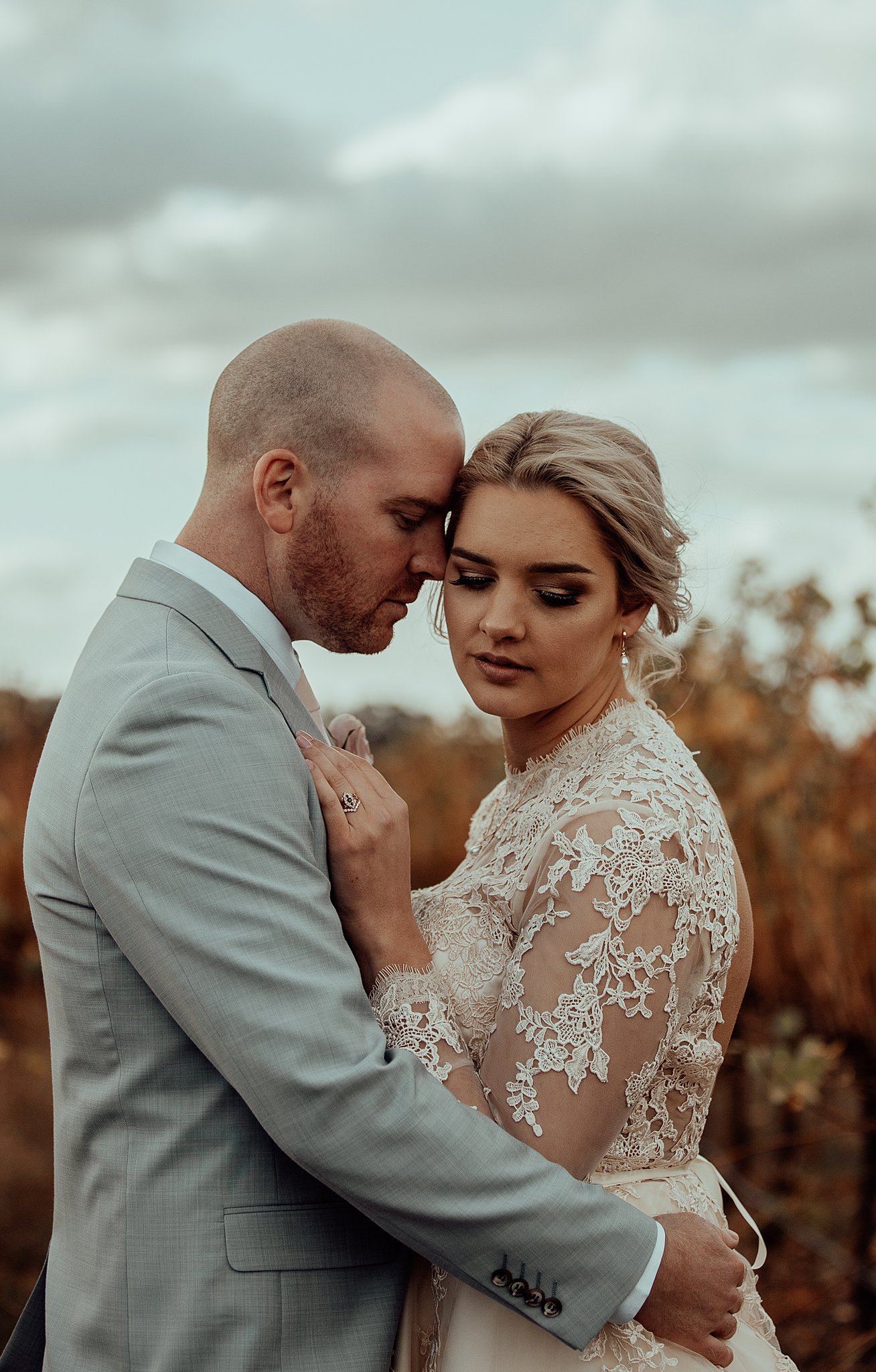 mickalathomas_puremacphotography_weddingphotographer_couplephotographer_Sheppartonphotographer_3454.jpg