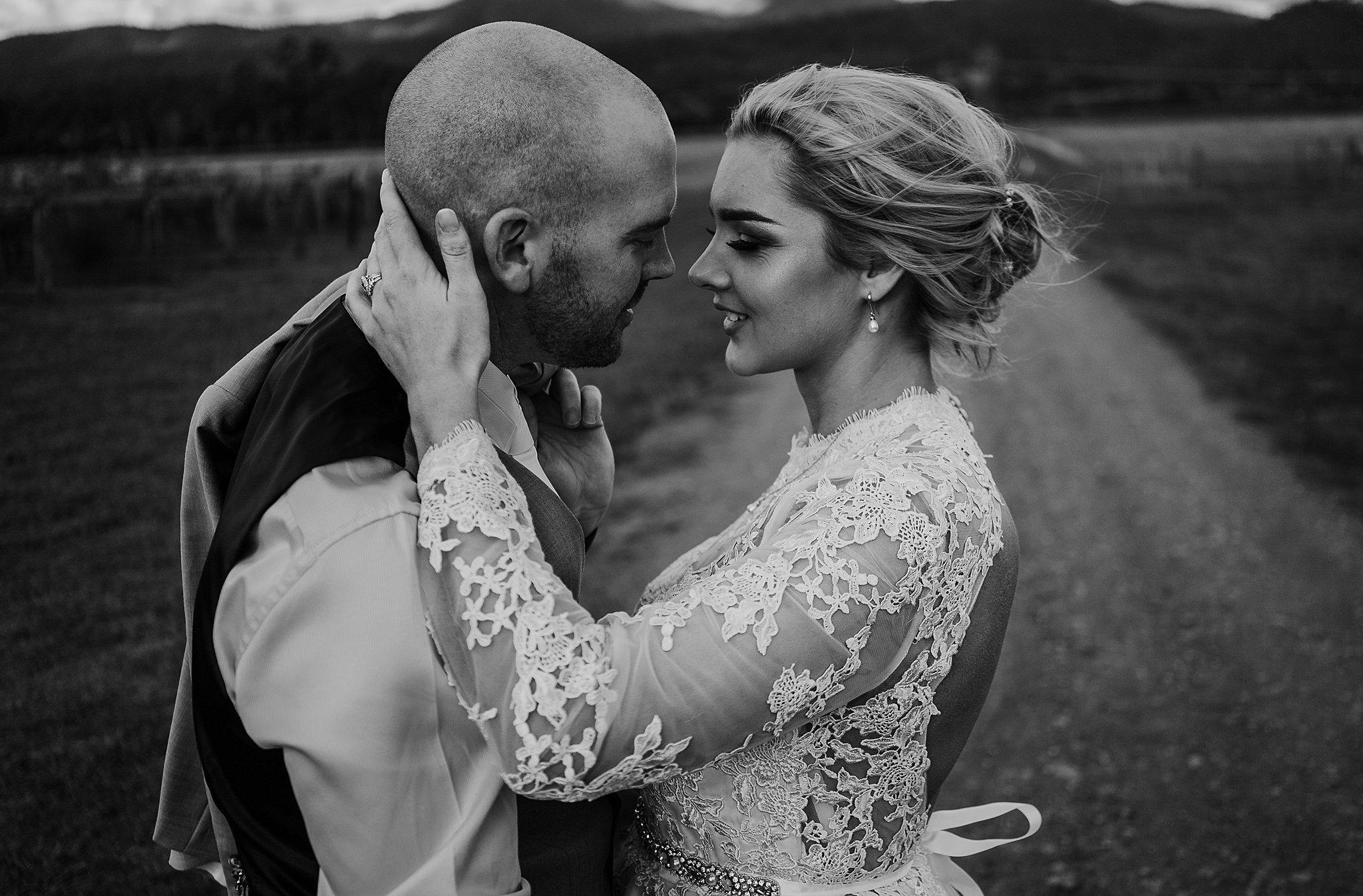mickalathomas_puremacphotography_weddingphotographer_couplephotographer_Sheppartonphotographer_3462.jpg
