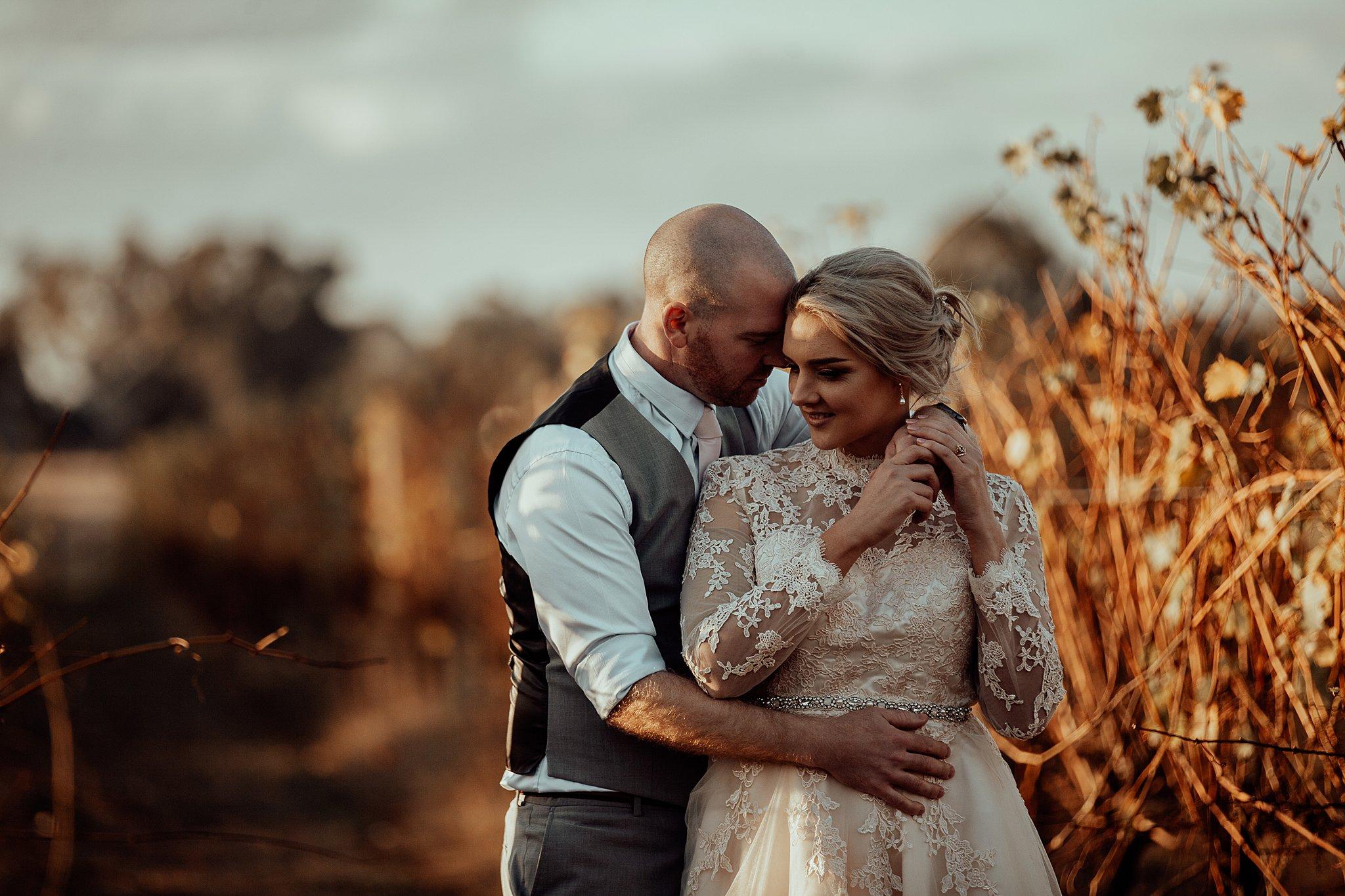 mickalathomas_puremacphotography_weddingphotographer_couplephotographer_Sheppartonphotographer_3470.jpg