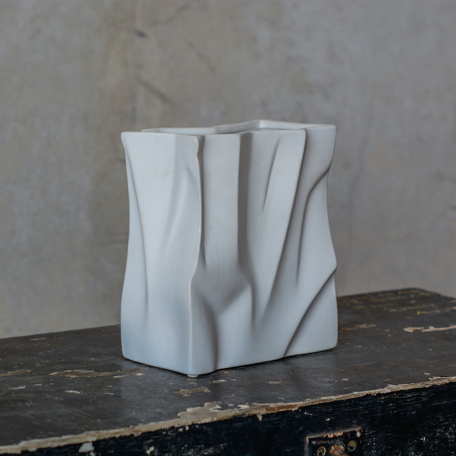 paper bag vase white for flower arrangement