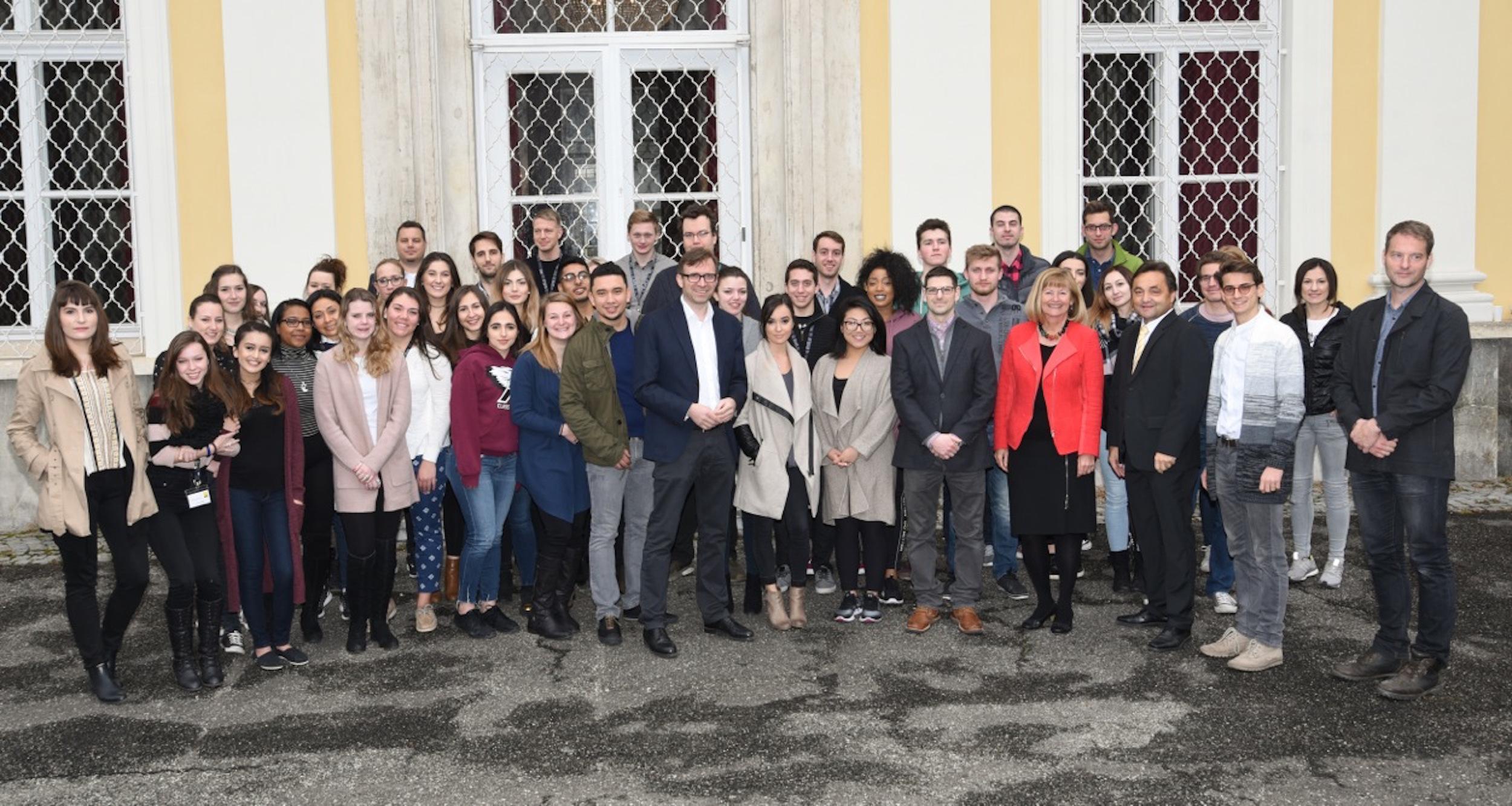 Group Photo Outside Meerschinschlossl 2017.jpg
