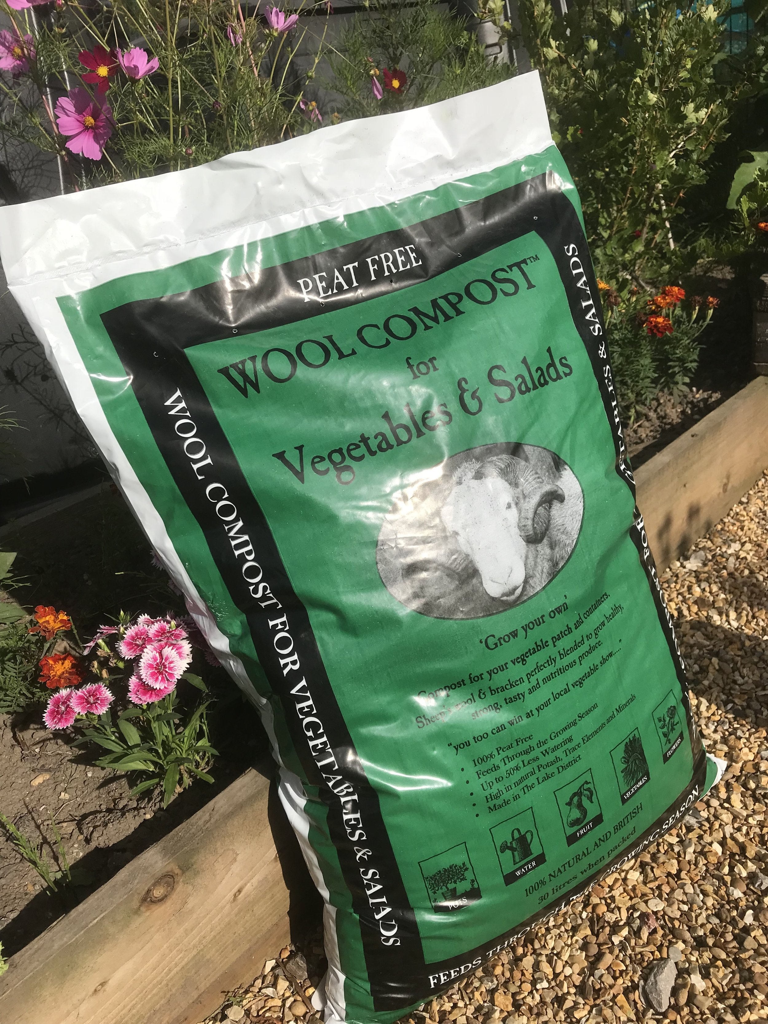 Wool Compost for Vegetables and Salads - £7.95 - Perfect for