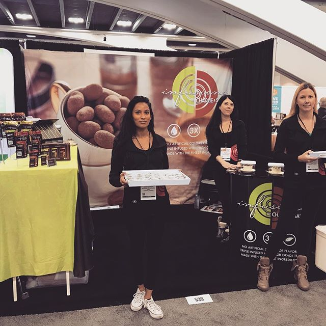 We're ready for the Winter Fancy Food Show Day 1. Come by booth 539 to try our tea infused dark chocolate toffee almonds. @specialtyfoodassociation  #infusions #toffeealmonds #darkchocolate #followouradventures #charlieandsams